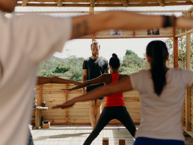 yoga-meditation-retreat-columbia.png