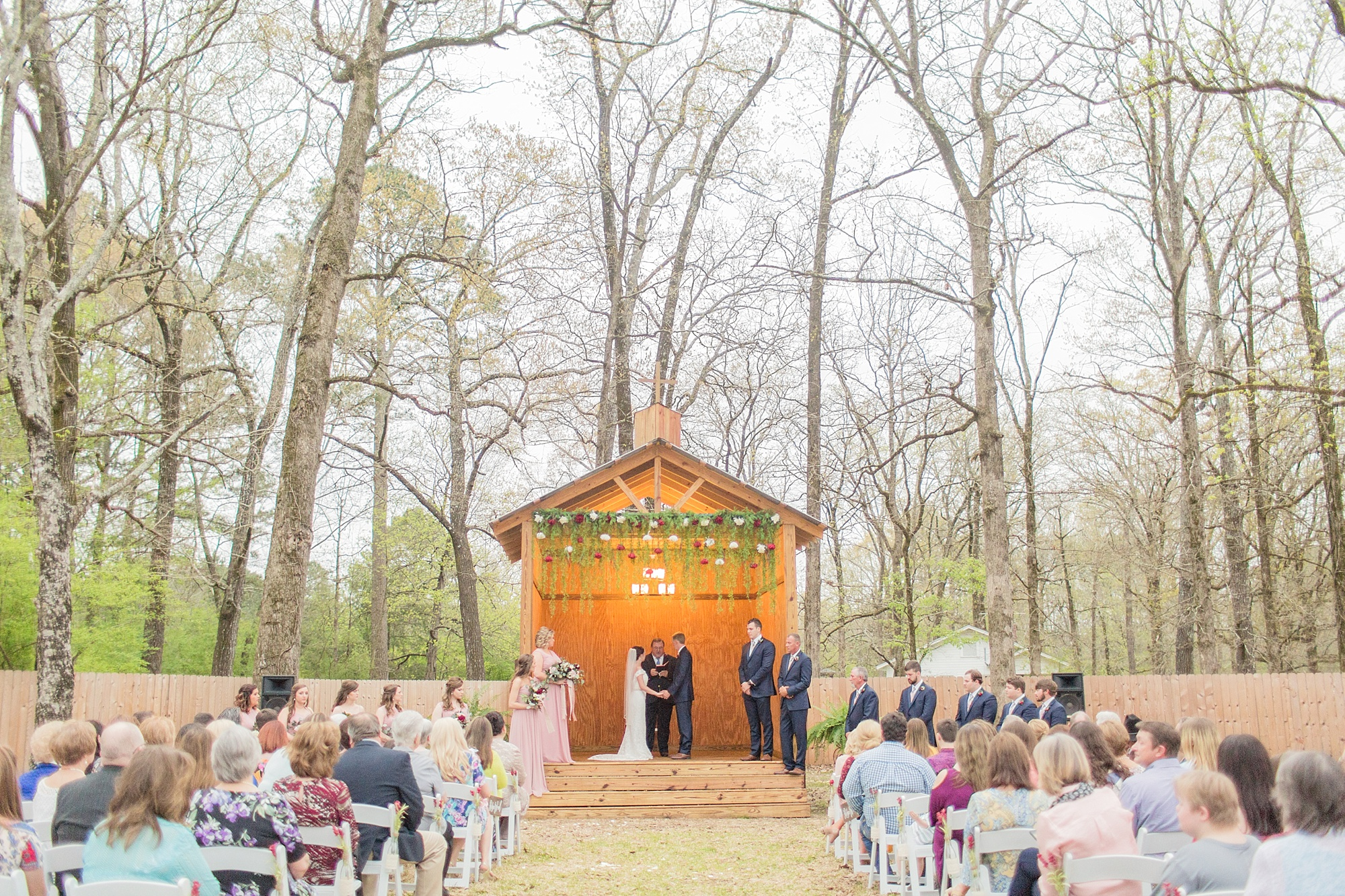 outdoor-mississippi-spring-wedding_0049.jpg
