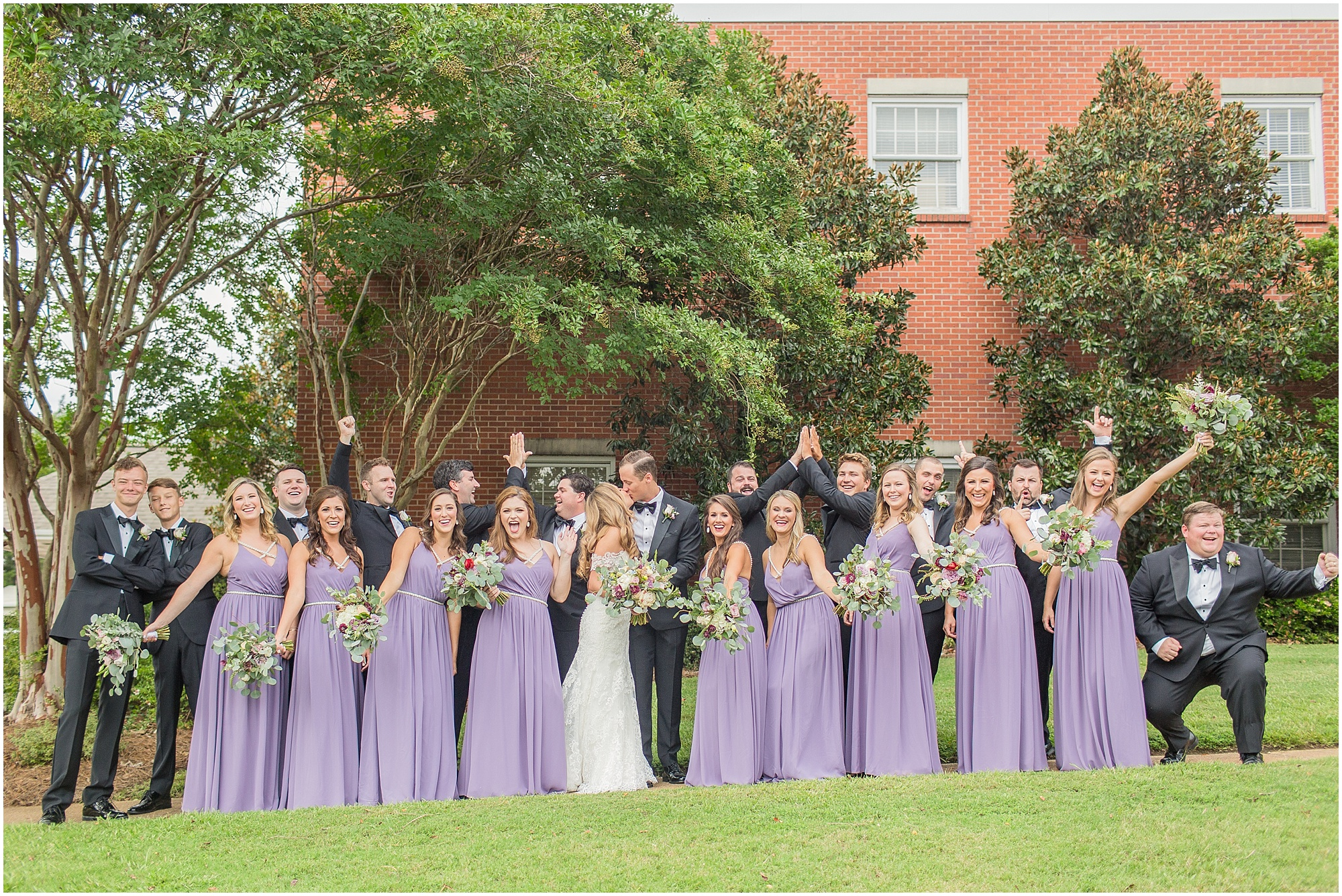 classic-black-tie-wedding-louisville-mississippi_0033.jpg
