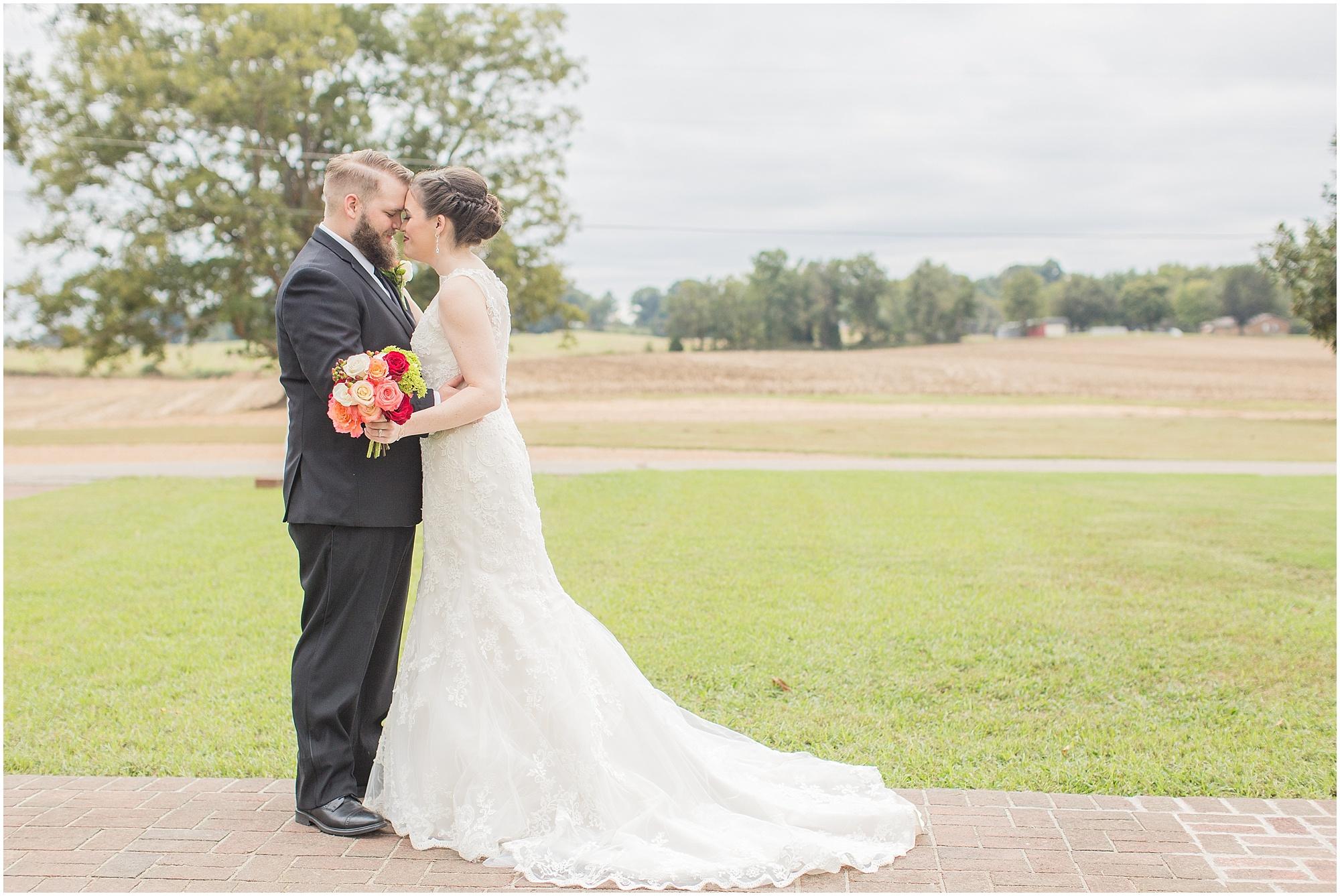 fall-tennessee-wedding-mount-carmel-manor_0023.jpg