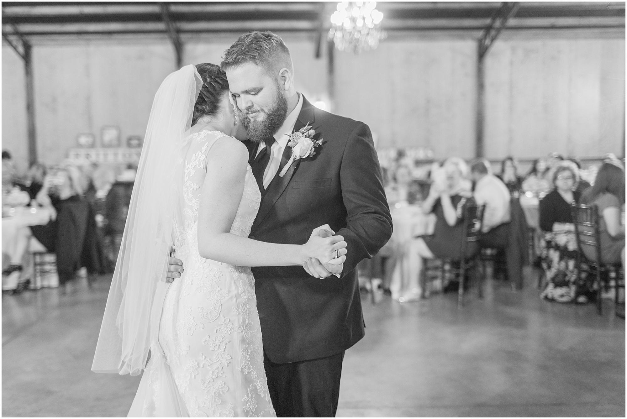 fall-tennessee-wedding-mount-carmel-manor_0059.jpg
