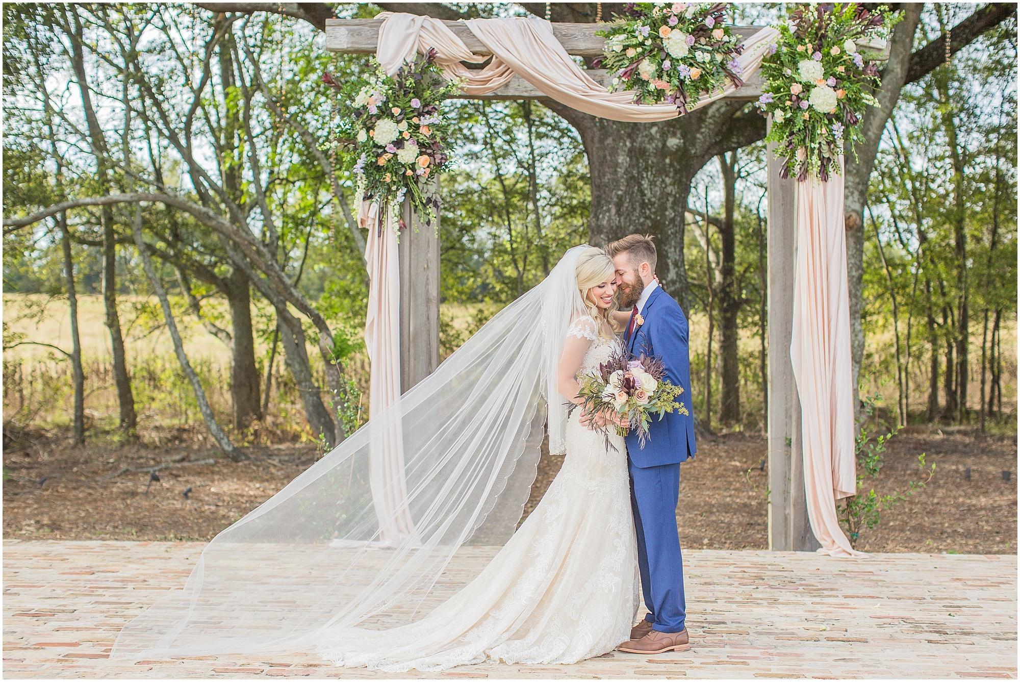 fall-wedding-bridlewood-of-madison-mississippi_0020.jpg