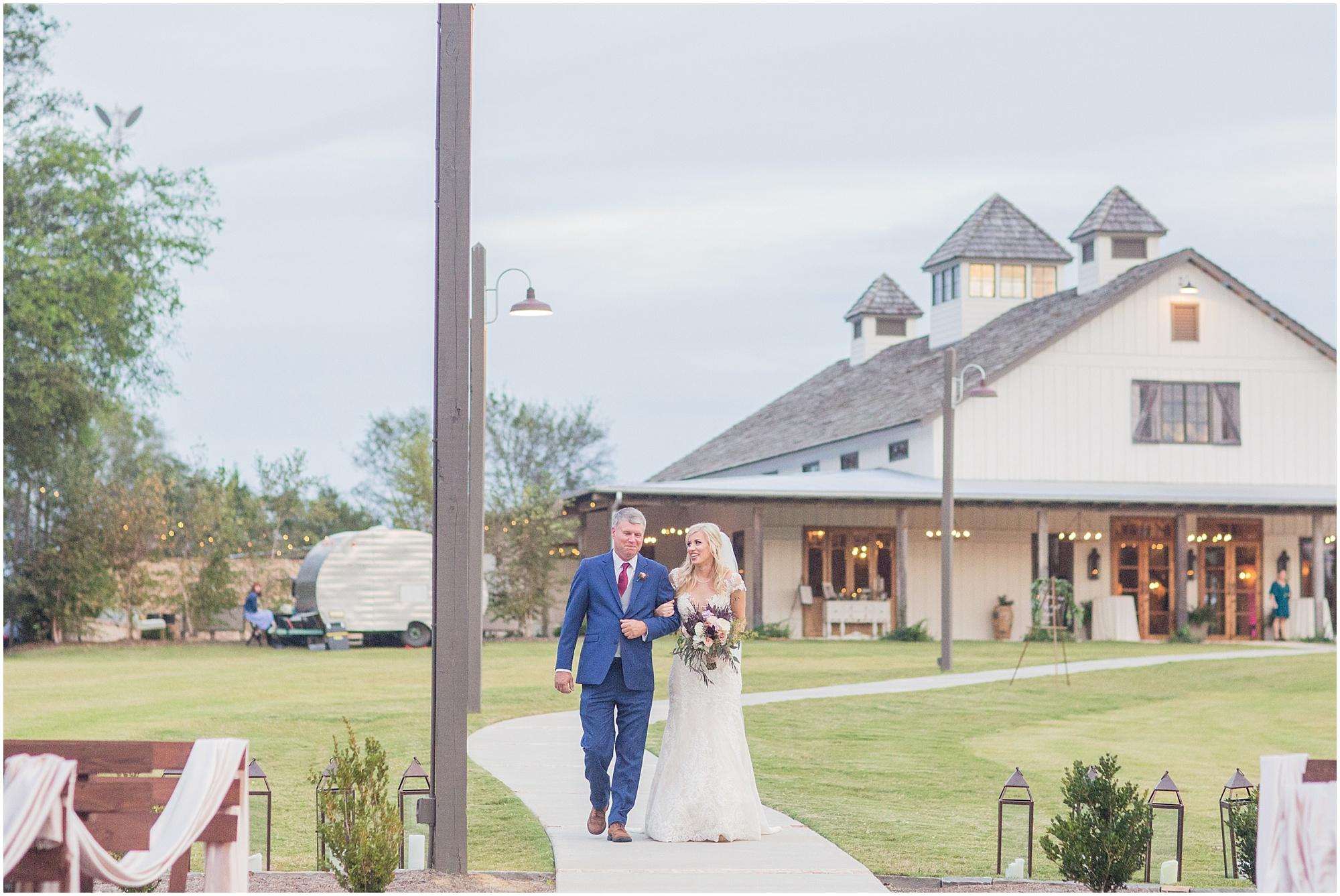 fall-wedding-bridlewood-of-madison-mississippi_0050.jpg