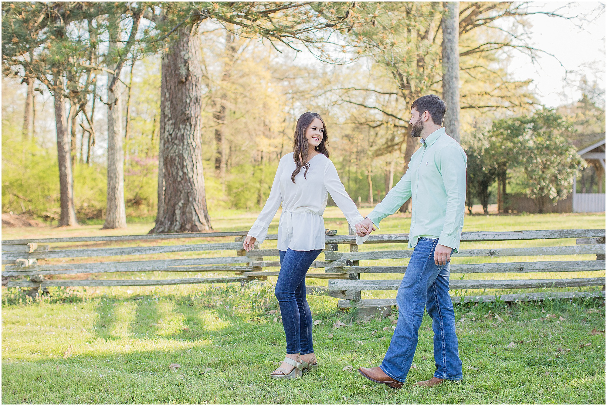 mississippi-spring-engagement-session_0008.jpg