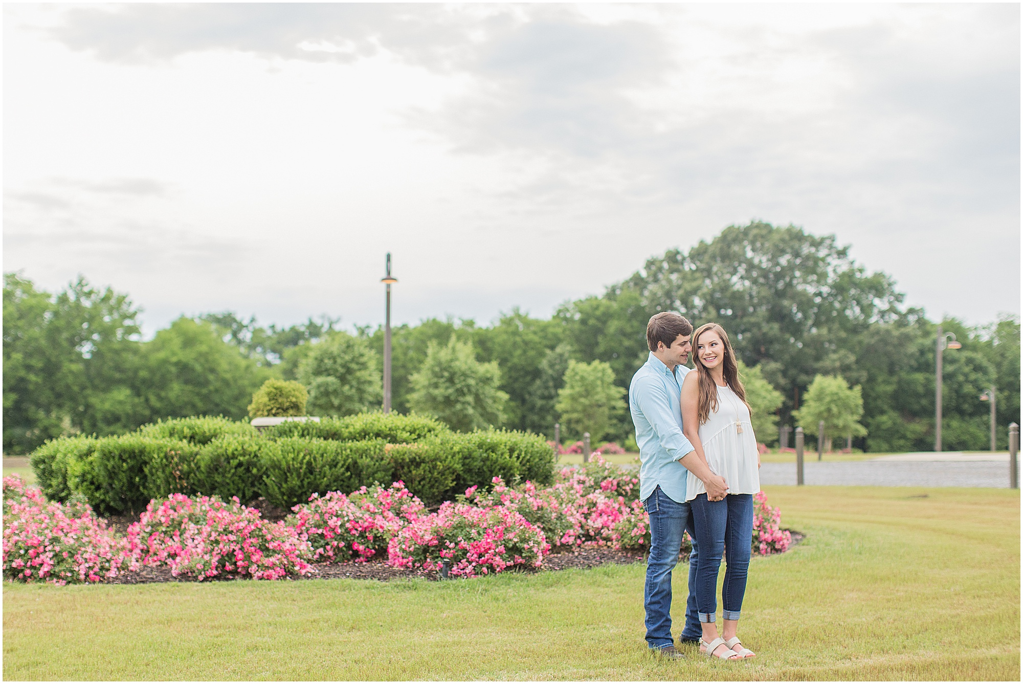 mississippi-spring-engagement-livingston-bridlewood_0038.jpg