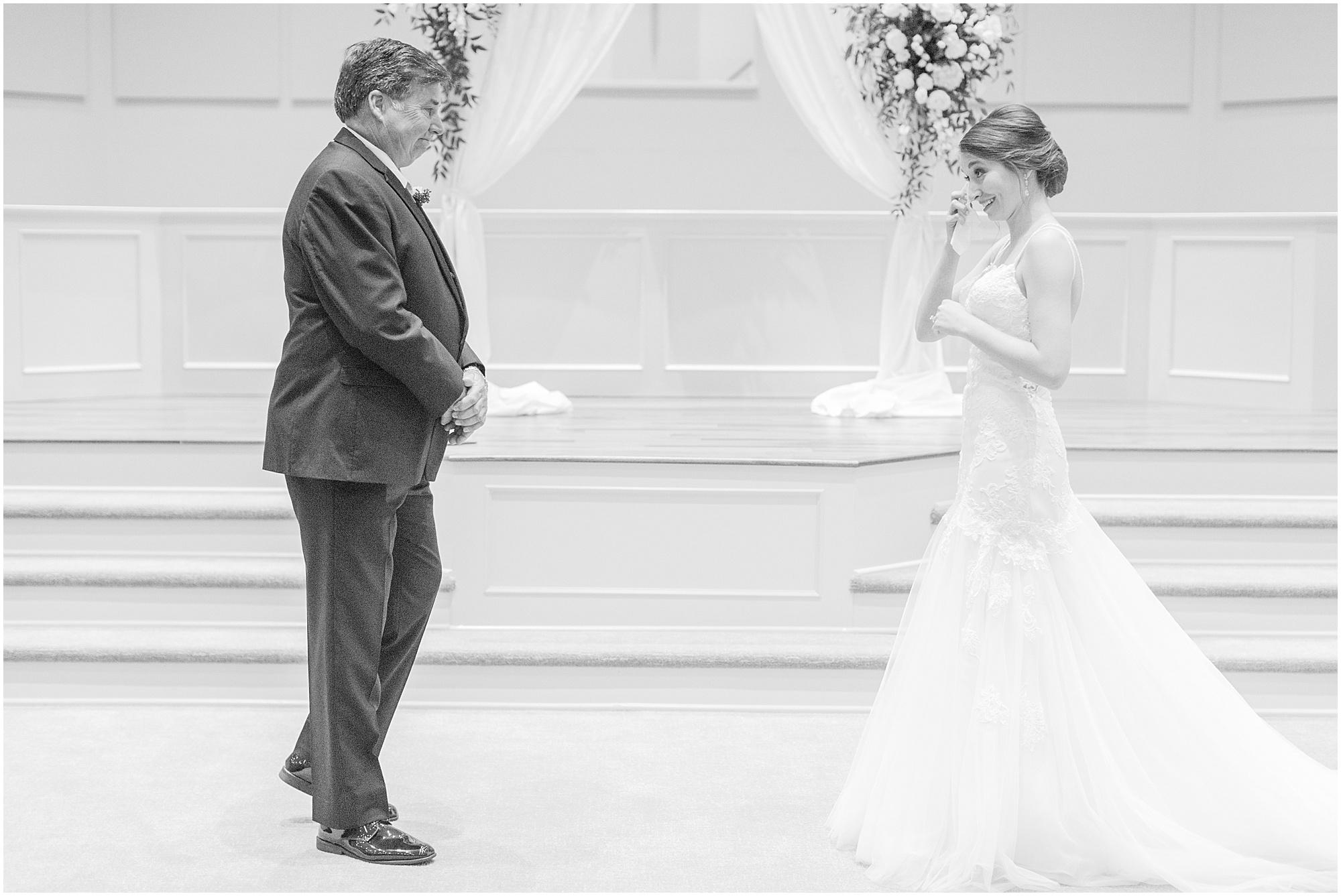 meridian-mississippi-wedding-meridian-aviation_0011.jpg