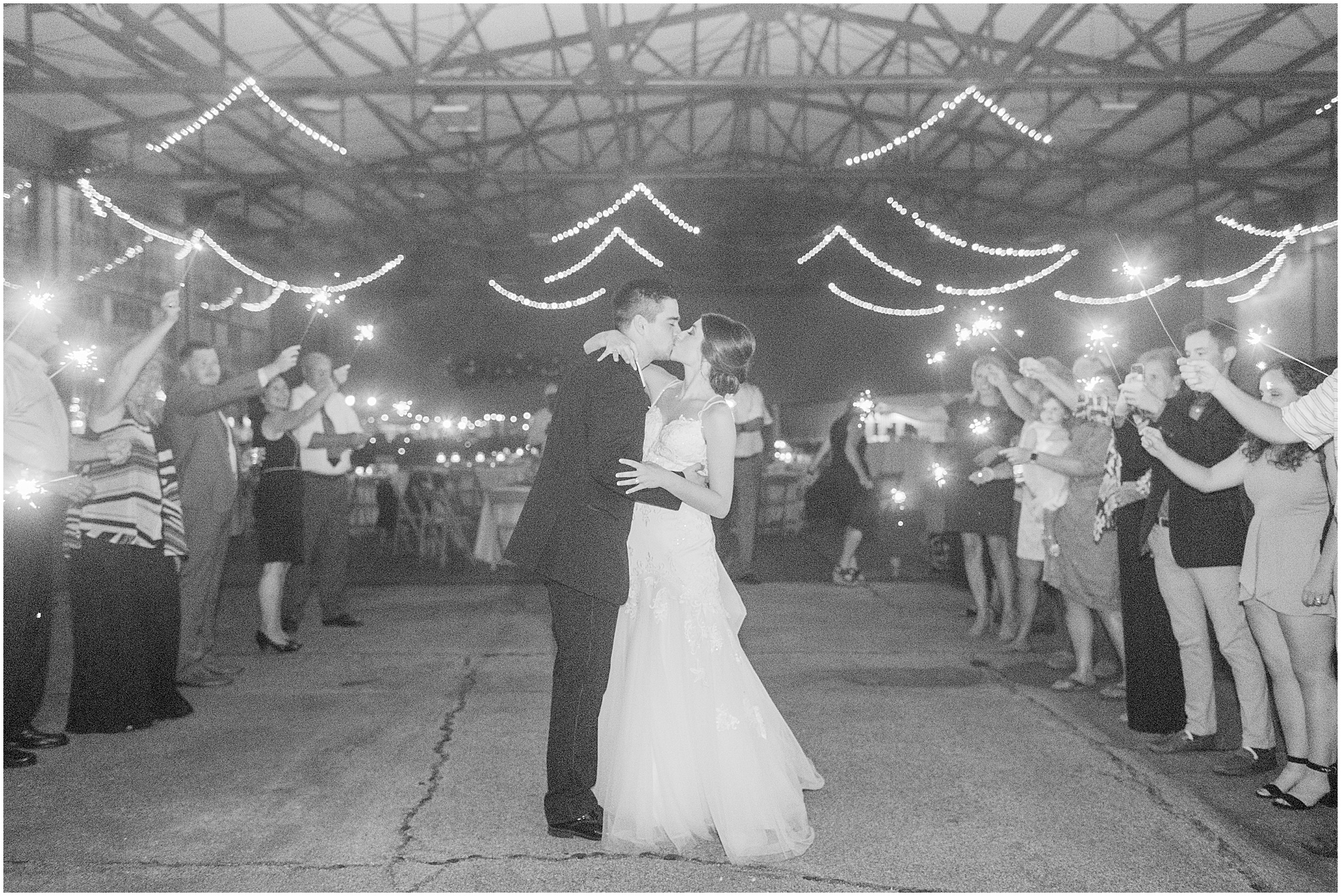 meridian-mississippi-wedding-meridian-aviation_0094.jpg
