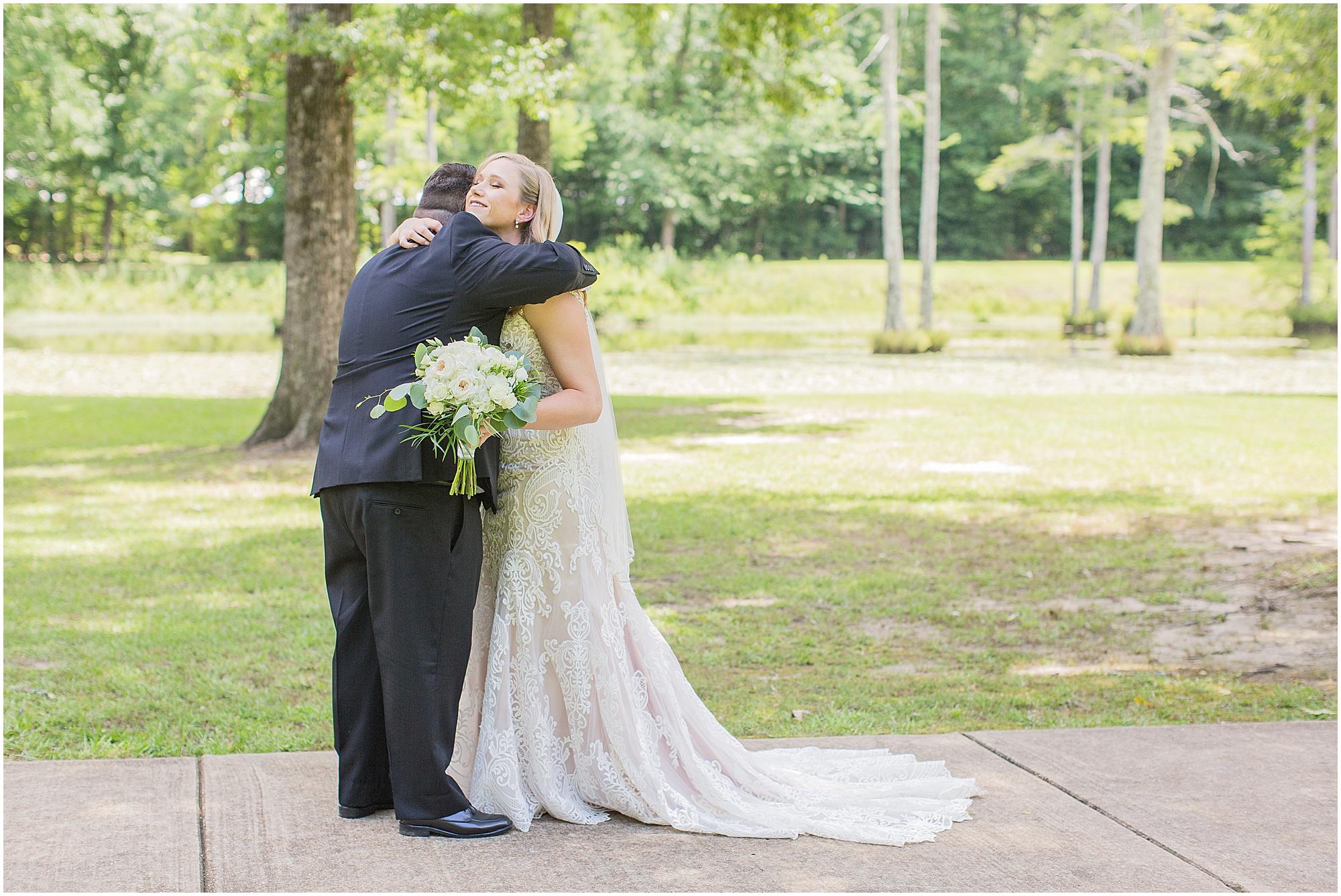 mississippi-summer-wedding-mcclain-lodge_0013.jpg