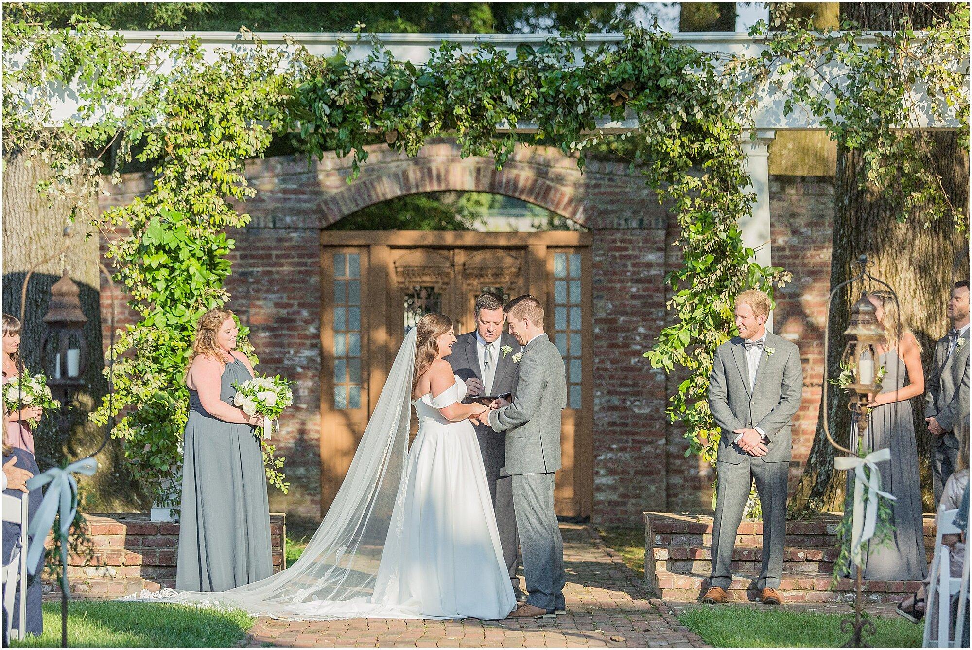 cedar-hall-wedding-memphis-tennessee_0055.jpg