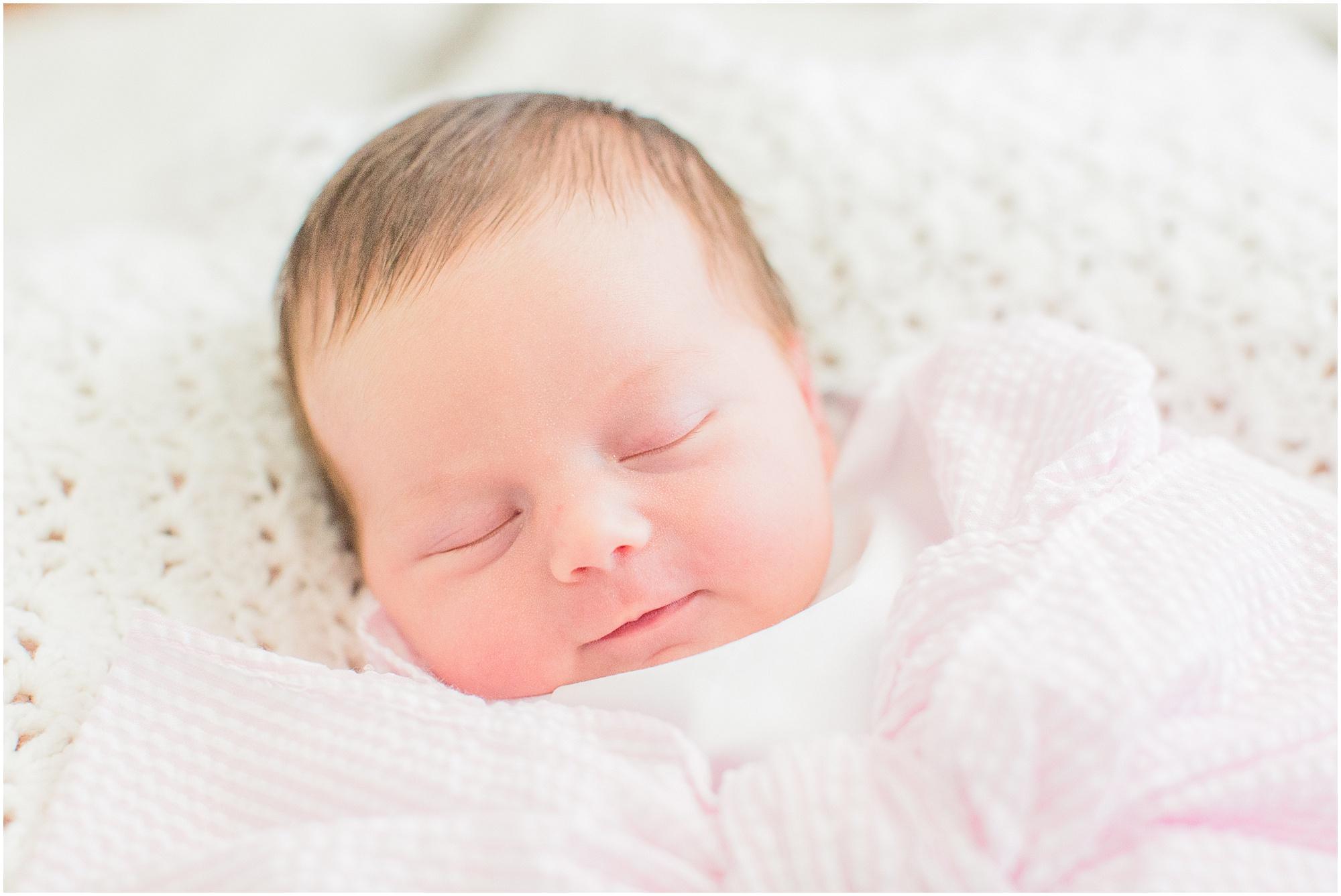 lifestyle-newborn-session-brandon-mississippi_0010.jpg