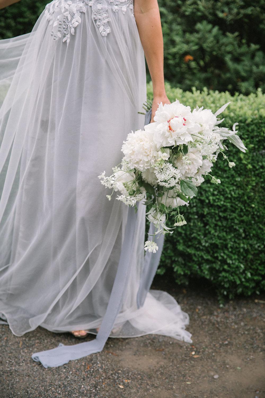 Ellen-Ashton-Photography-Destination-Wedding-Photographer-Montreal-Canada-Weddings-chateau-ramezay-wedding608.jpg