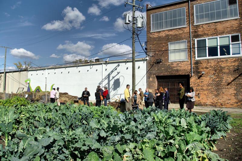 Earthworks Urban Farm (Flickr, detroitspun)