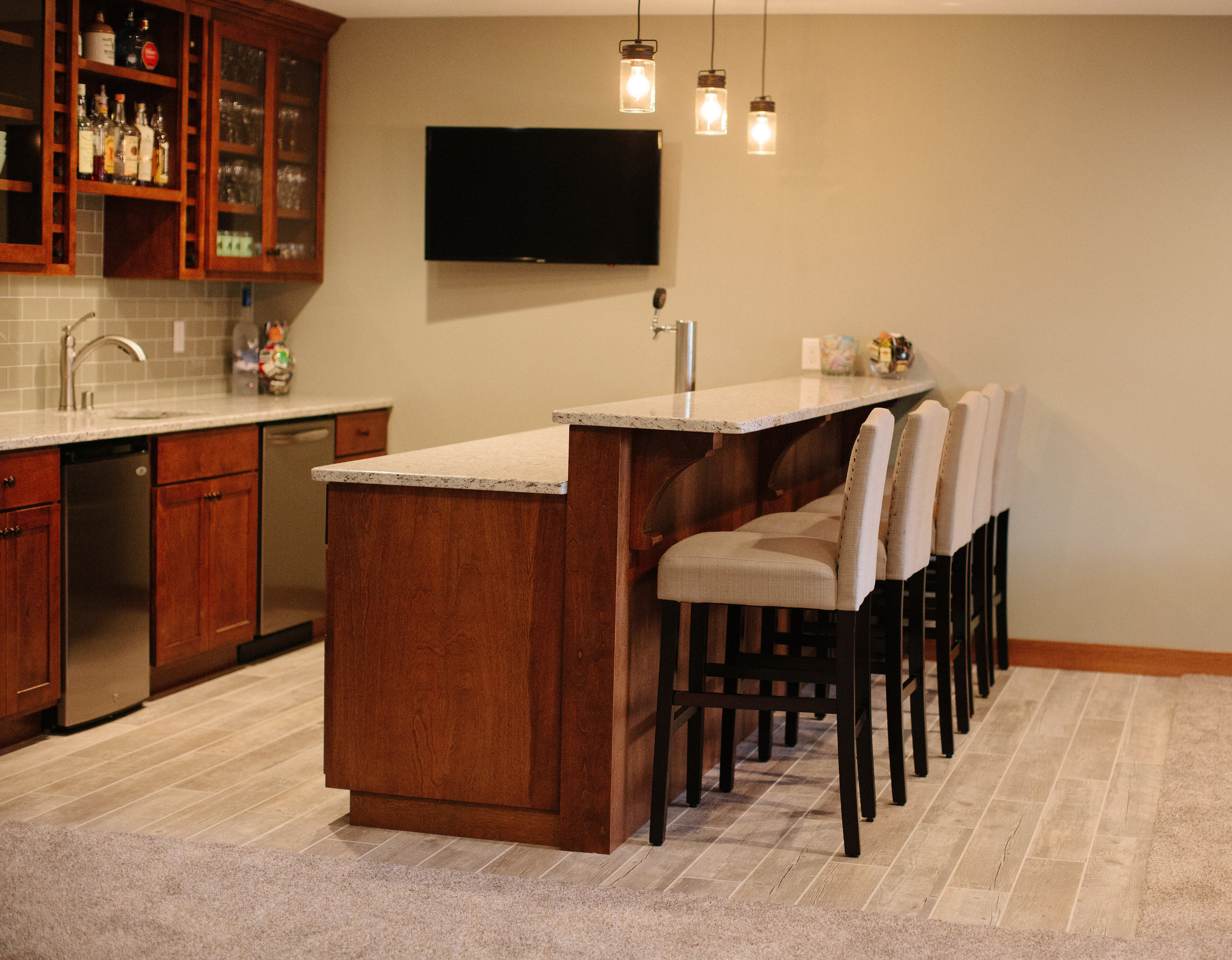 Andover Basement Bar by Professio