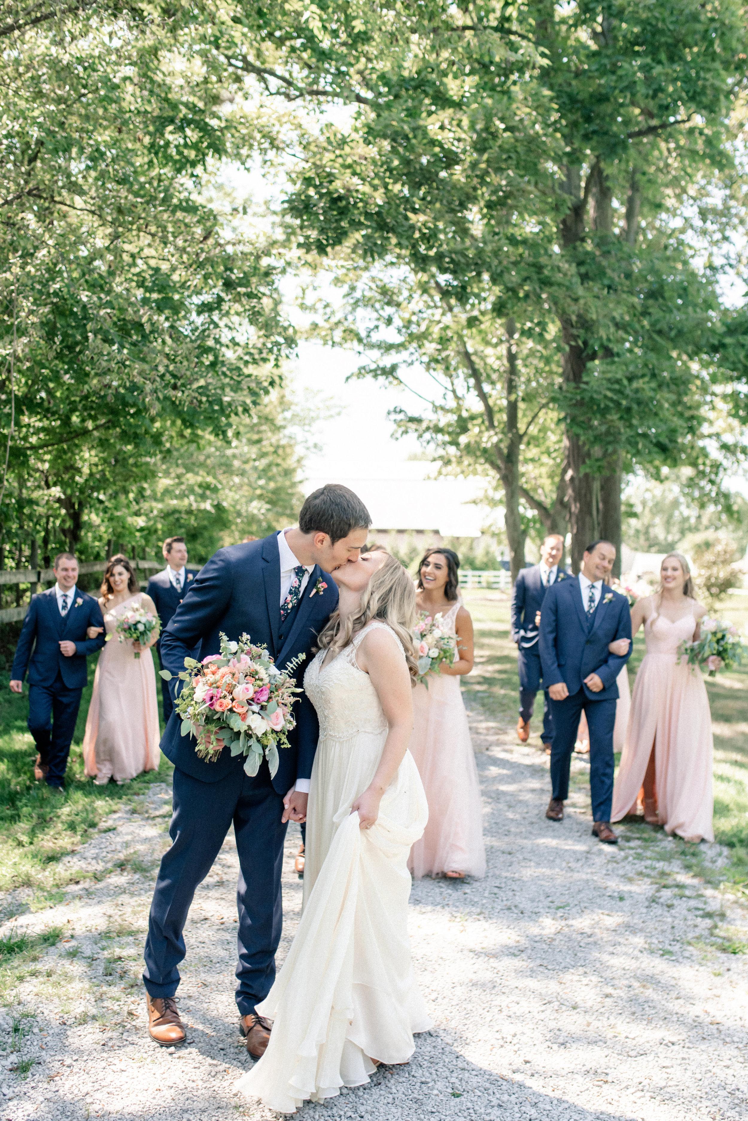 BridalParty-Anna+Dan_(17_of_83).jpg