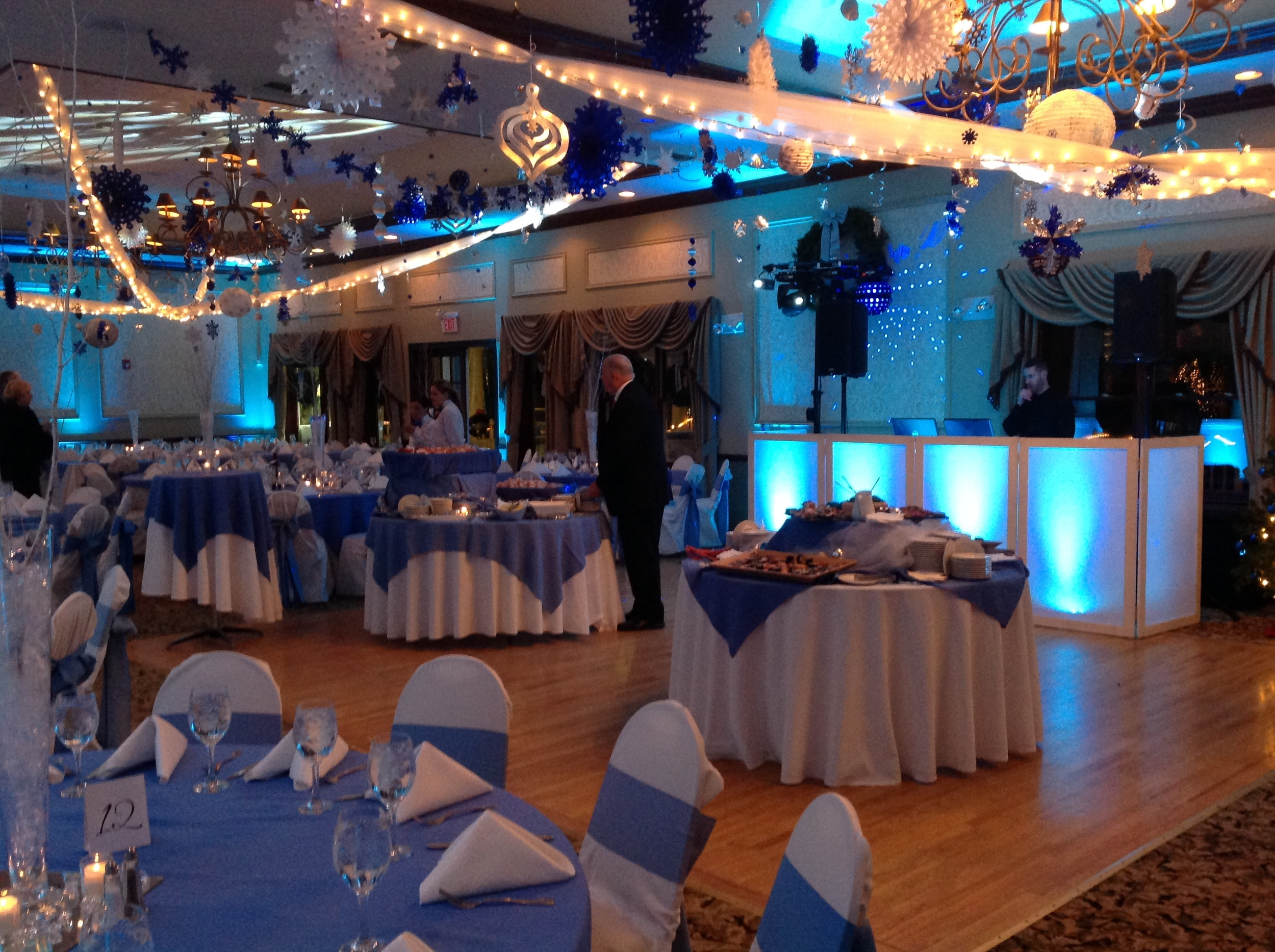 VENUE STANTON RIDGE HOLIDAY THEME .JPG
