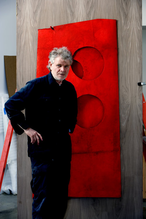 The artist with Red Coat No. 300