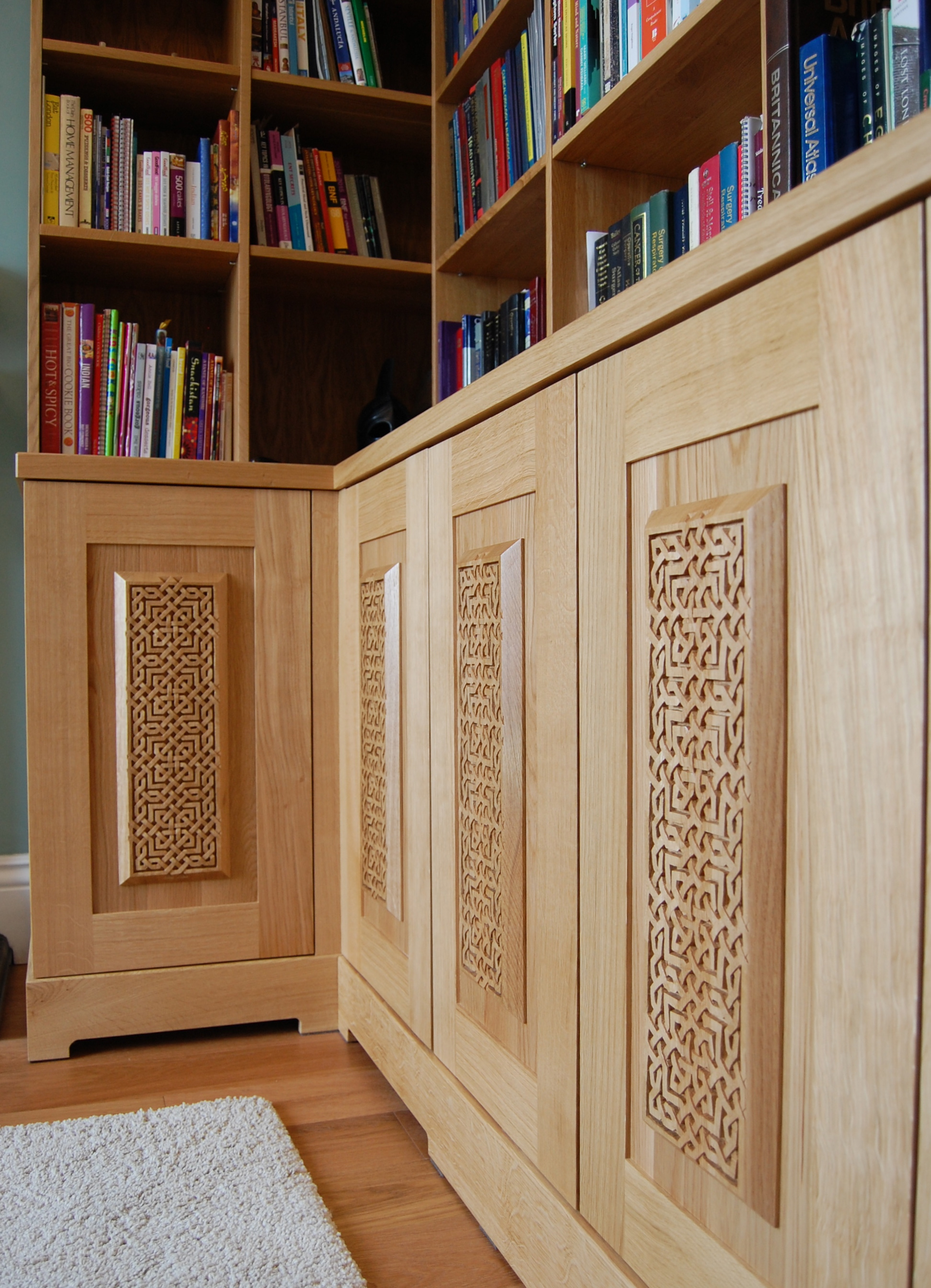 Grain_Bespoke_Furniture_Solid_Oak_Library_2.jpg