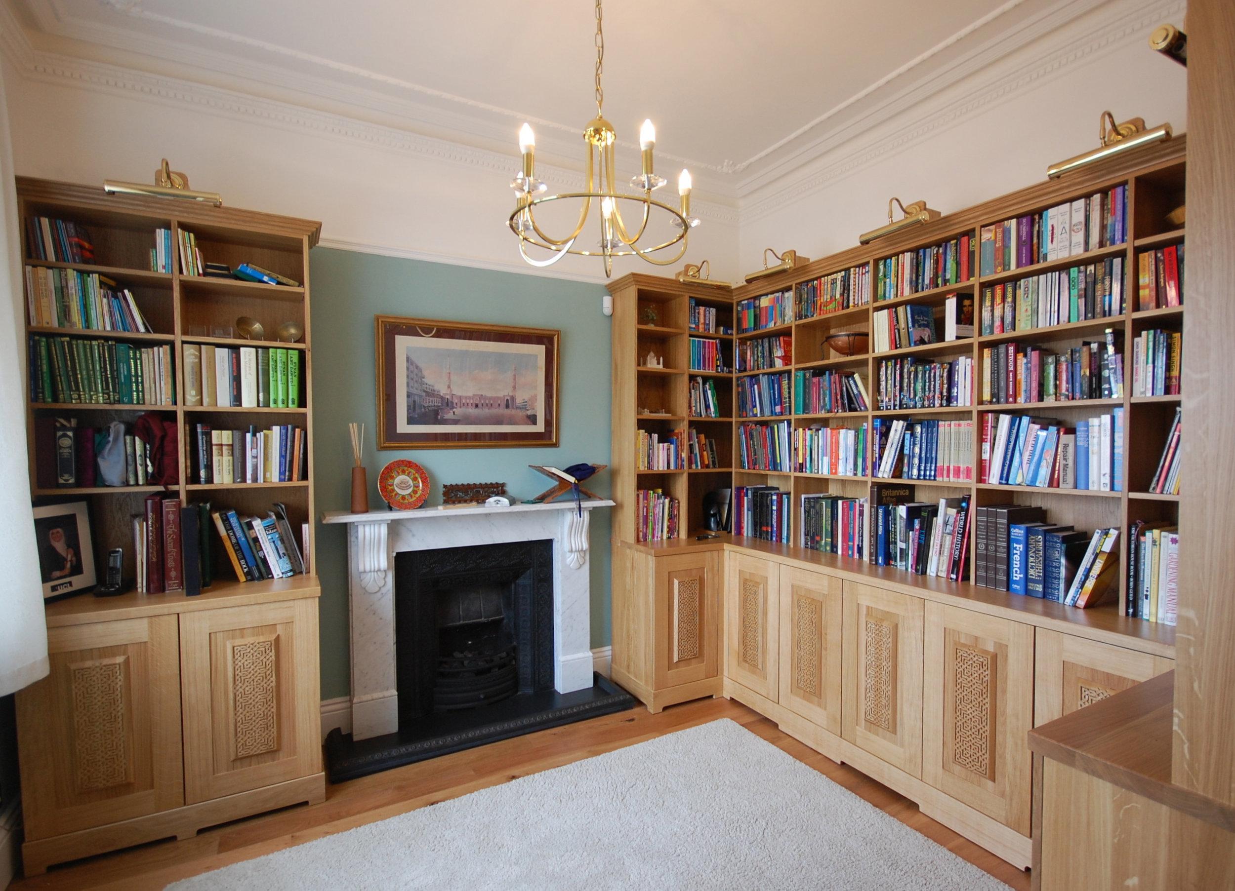 Grain_Bespoke_Furniture_Solid_Oak_Library_3.jpg