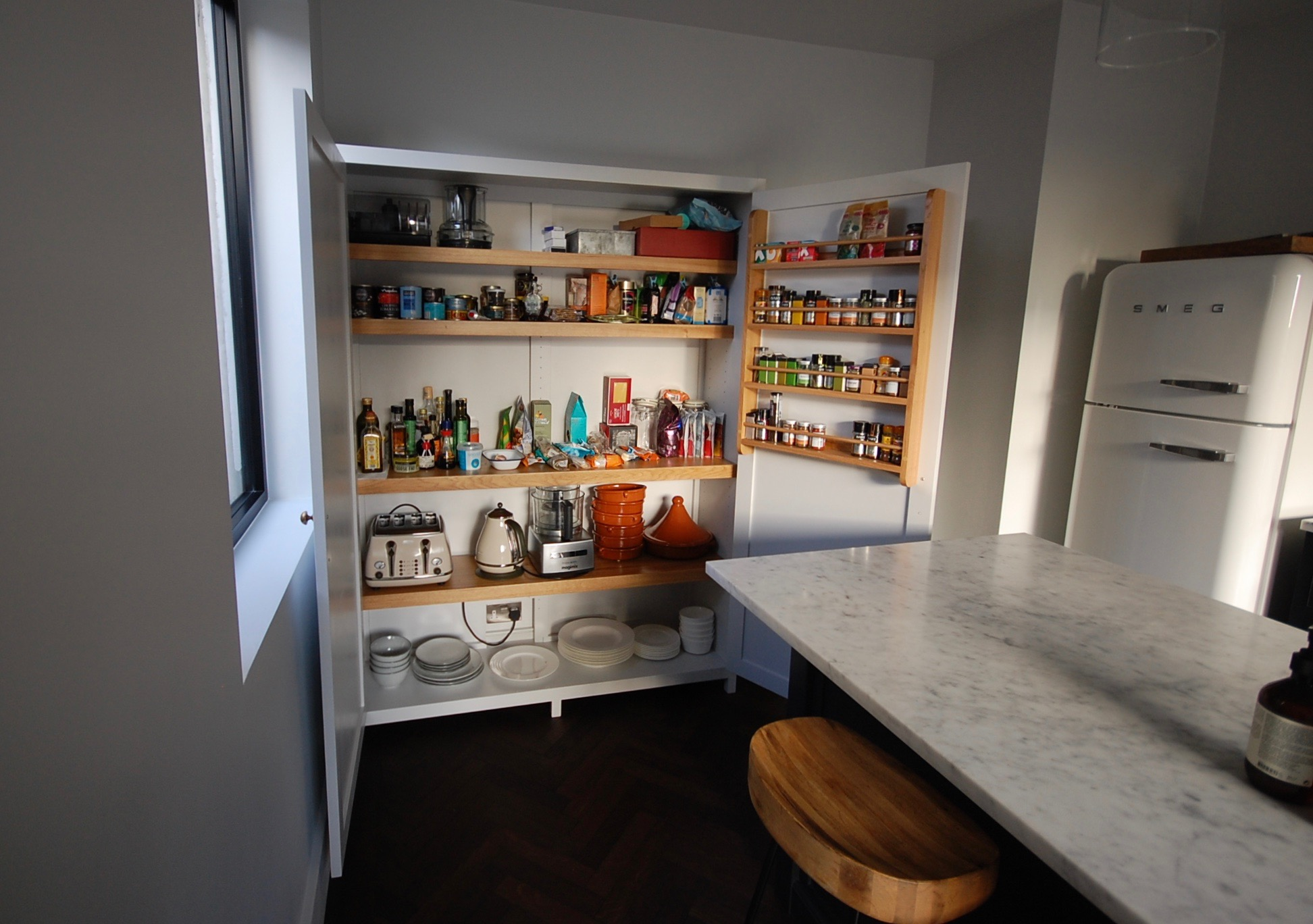Grain_Bespoke_Furniture_Kitchen Larder_2.jpg