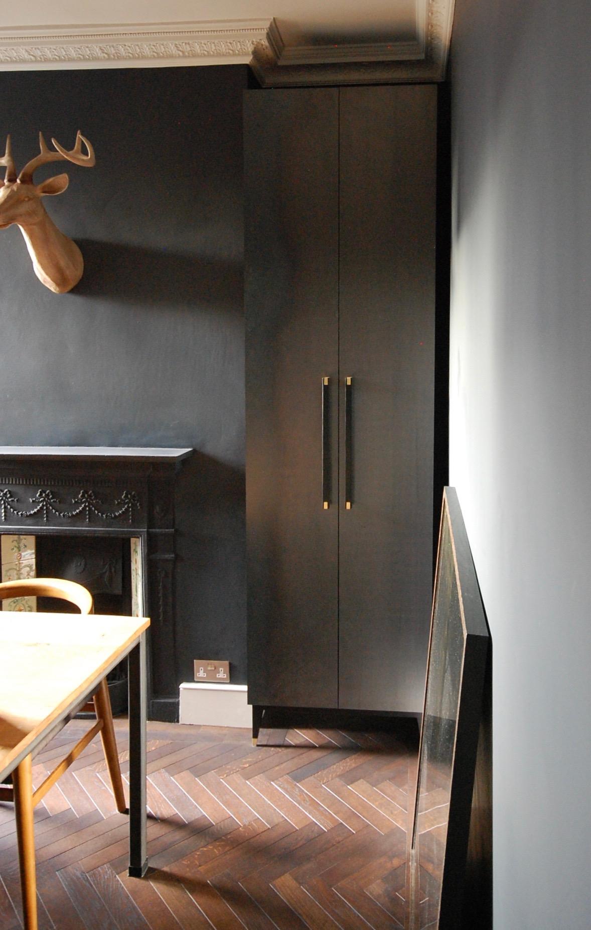 Grain_Bespoke_Furniture_Drinks_Cabinet_1.jpg
