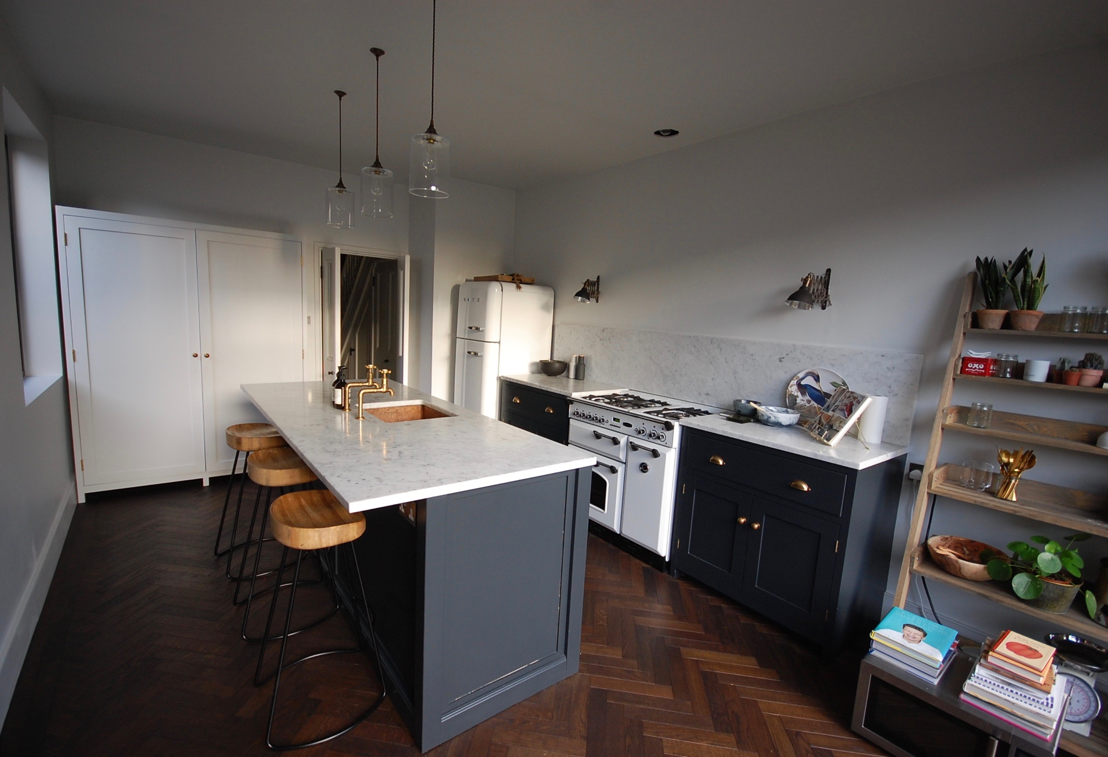 Grain_Bespoke_Furniture_Kitchen Larder_1.jpg