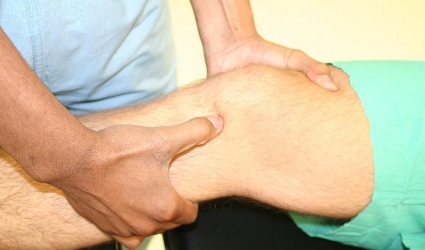 Lachman's test to evaluate the ACL