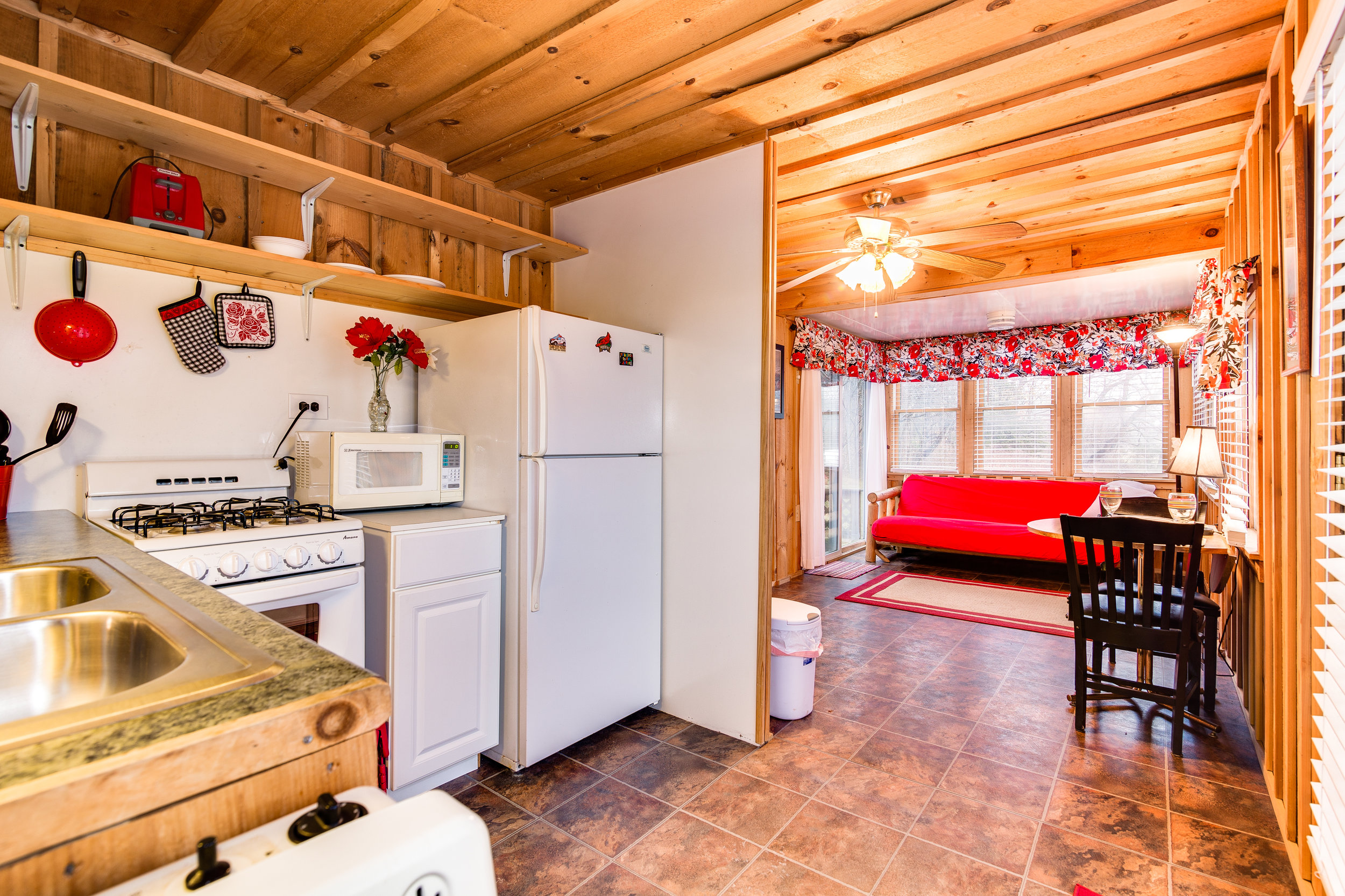 Cottage 1-018.jpg