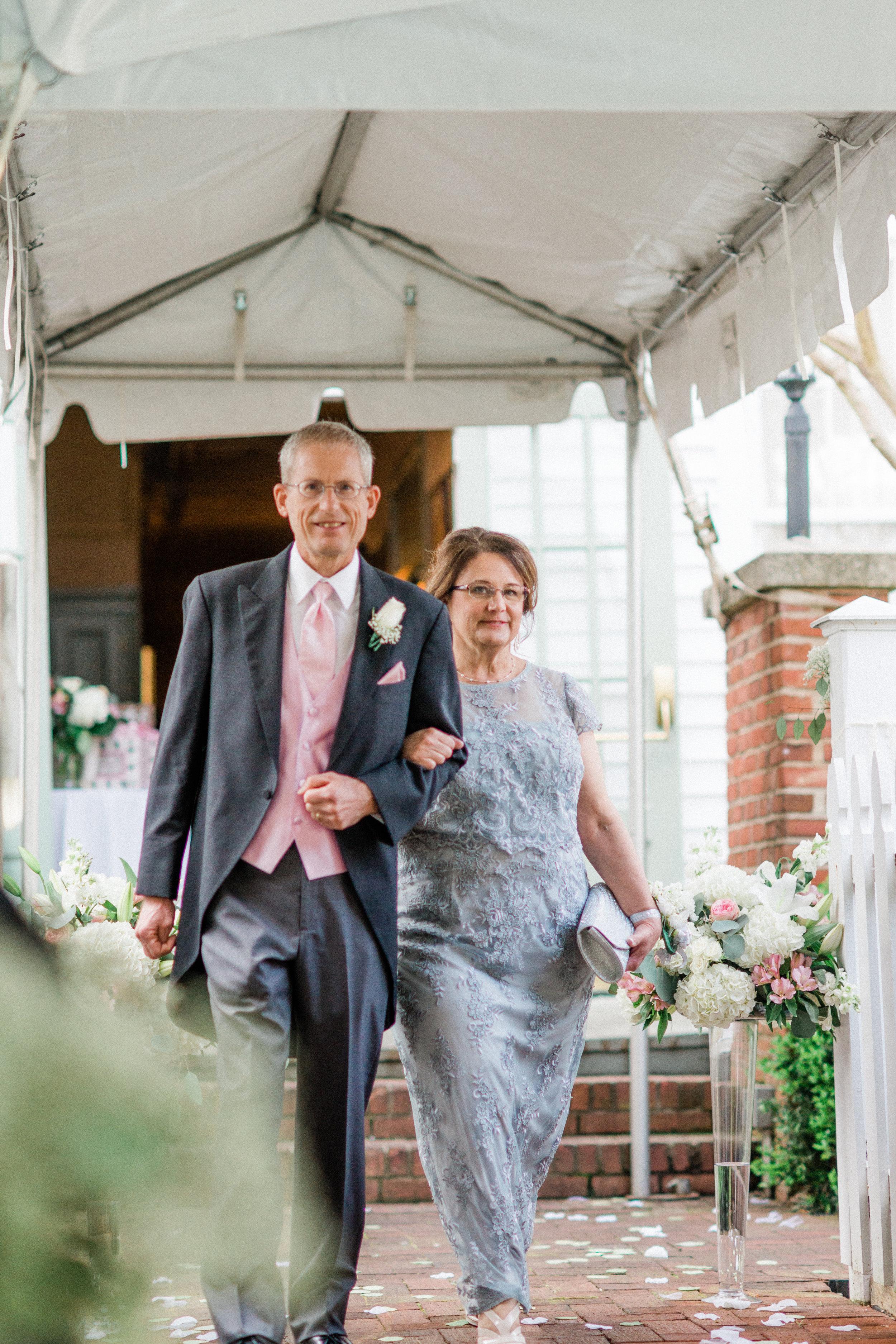 Josh & Maggie (53 of 196).jpg