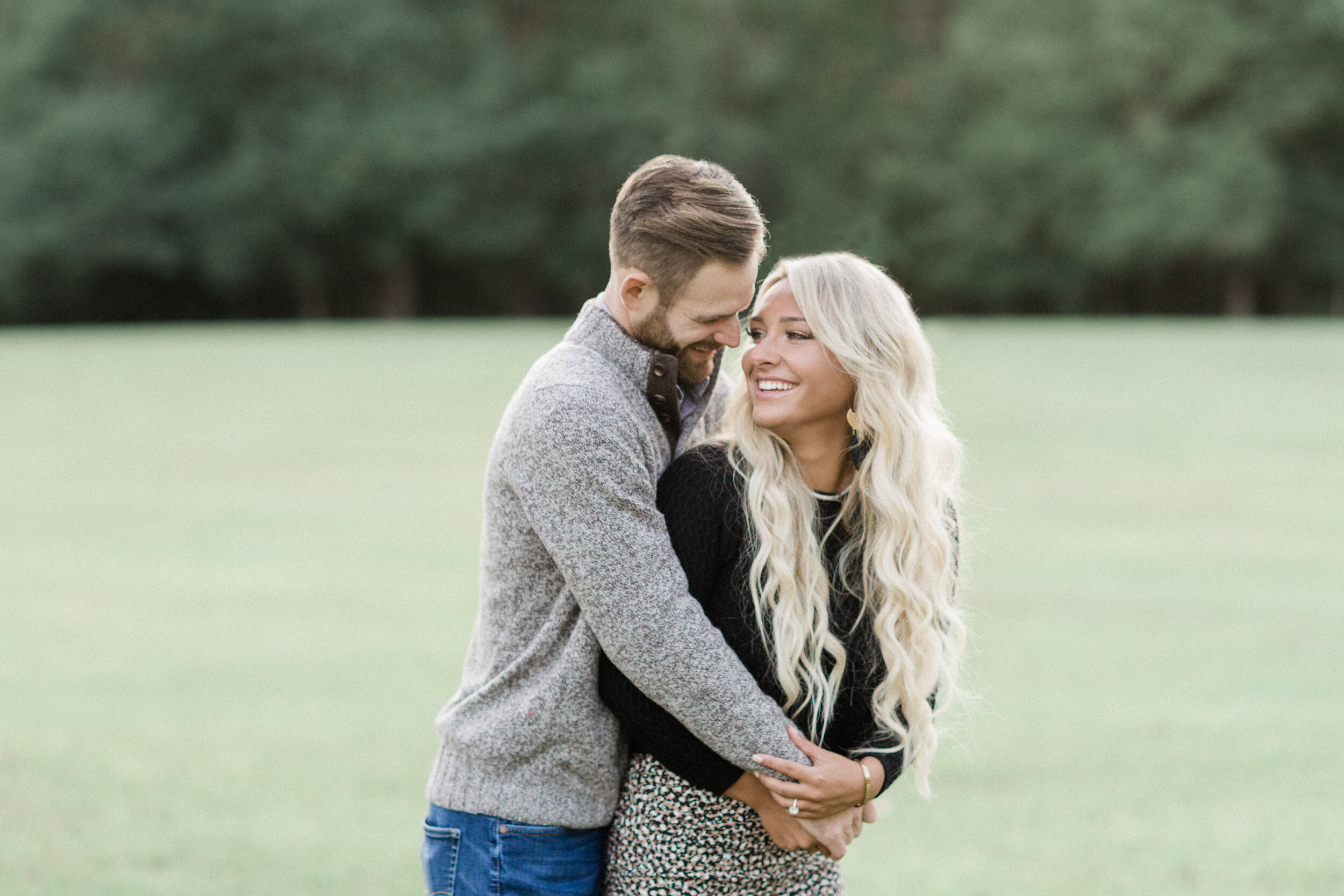 bright and airy wedding photographer