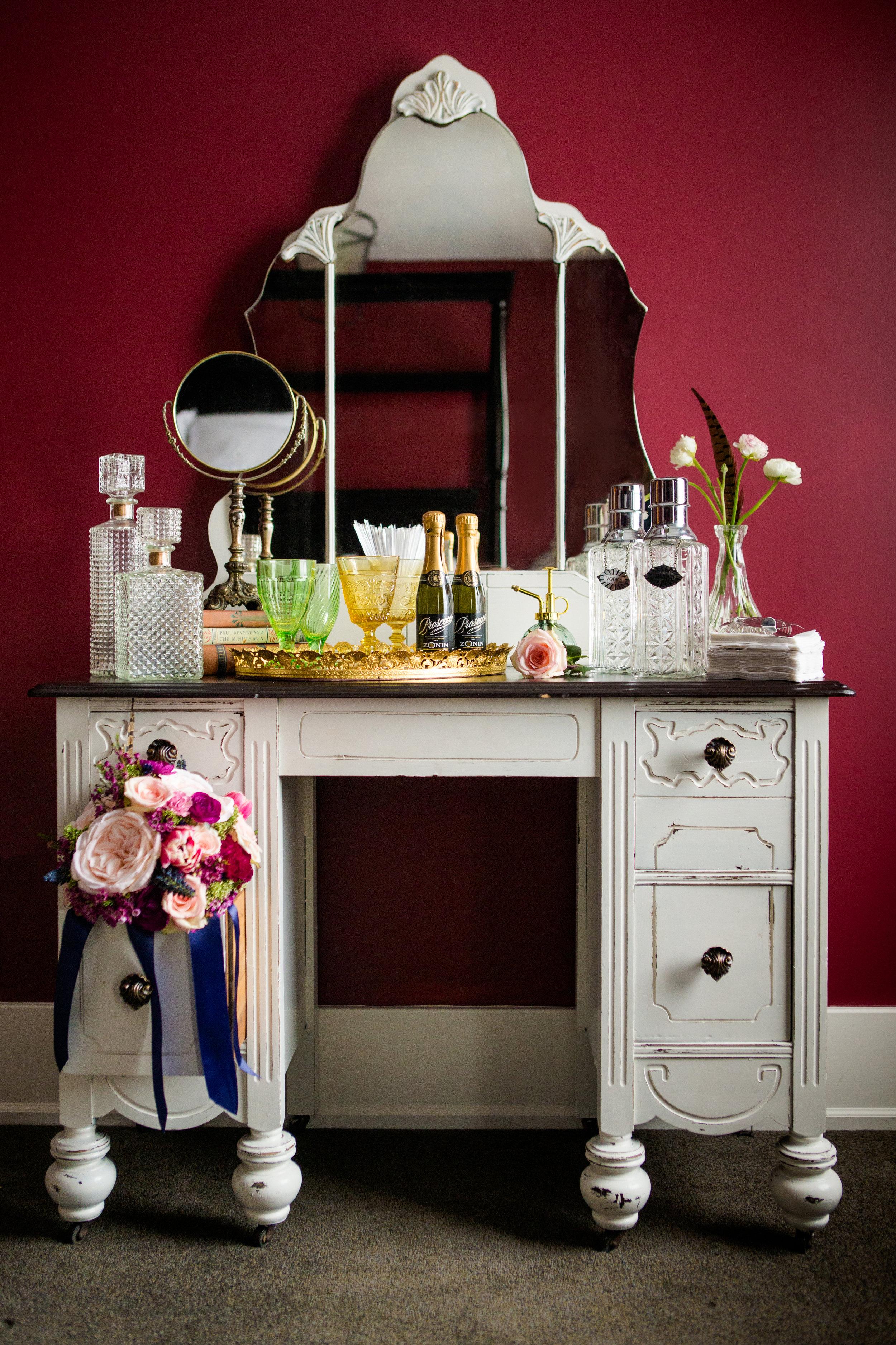 Marlo Vanity