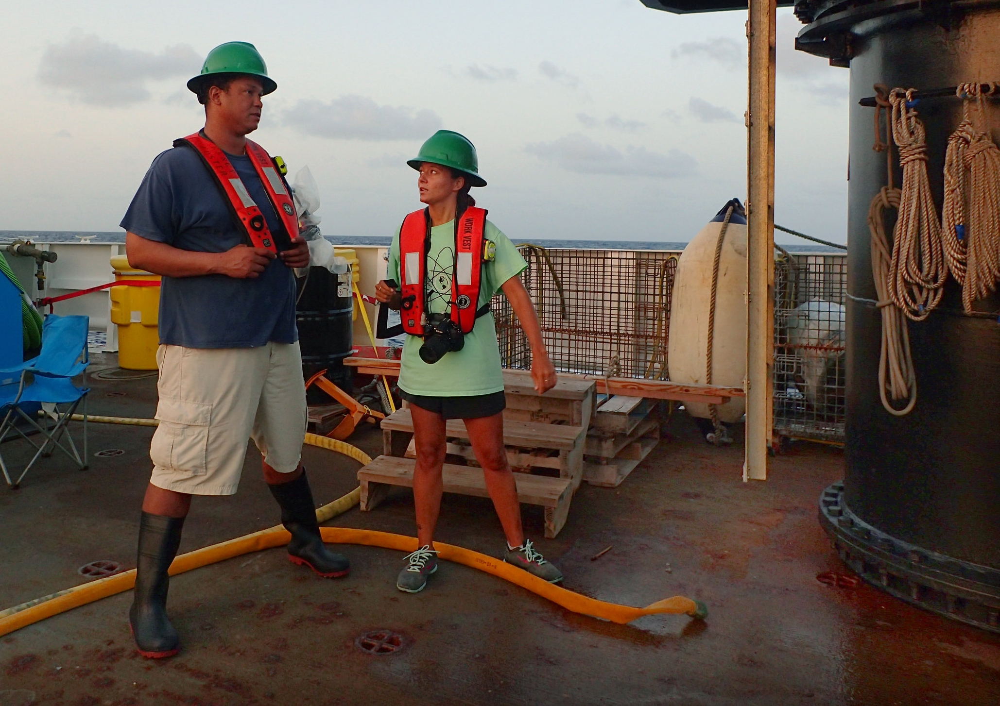 MMES Candidate Mara Duke benefits from real world learning with Dr. Habtes onboard the Nancy Foster.