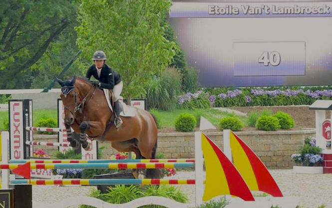 Alliy Moyer and Etoile Van't Lambroeck. Photo by Andrew Ryback Photography