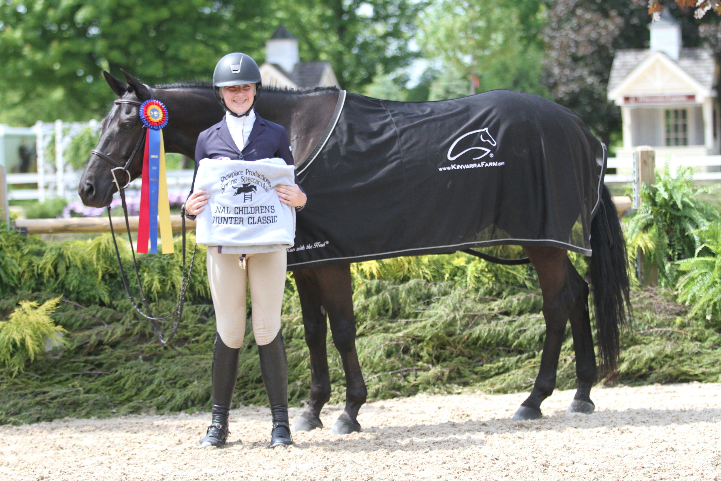 $1000 NAL Childrens Hunter Classic  Bravo, owned by Stephanie Kraus and ridden by Delaney Hoffman took the title in the $1000 NAL Childrens Hunter Classic.