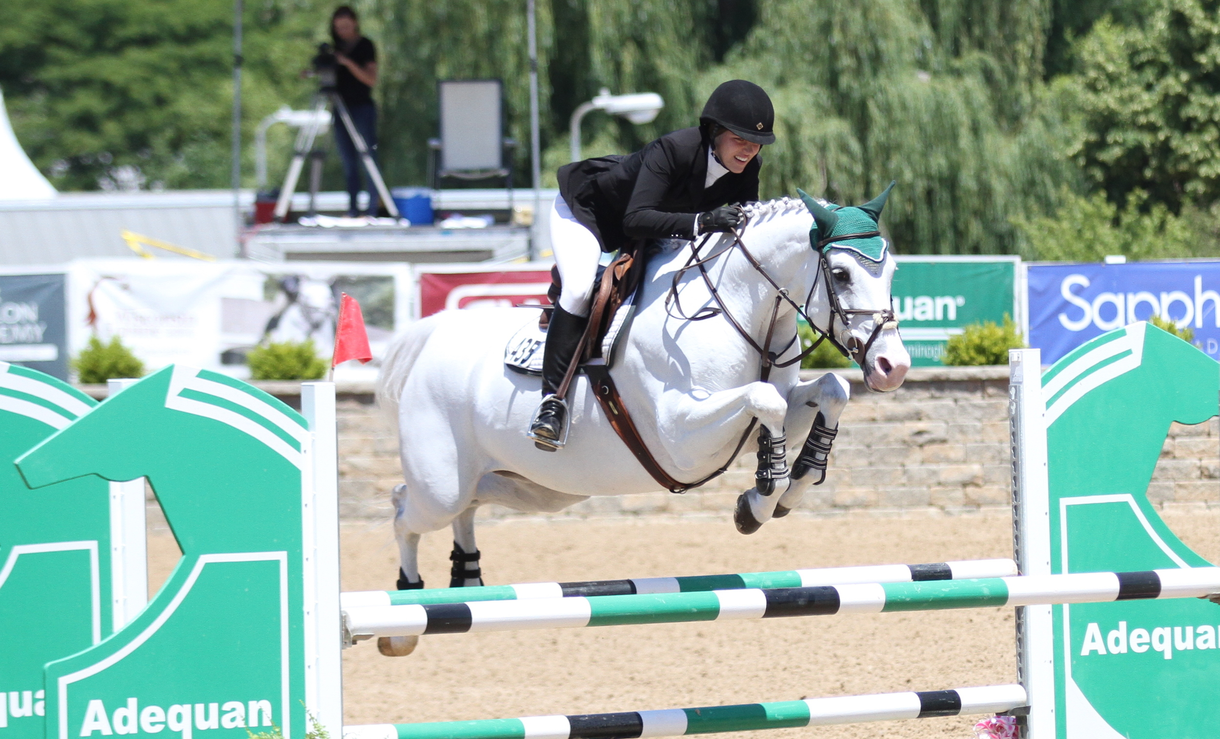 Cassandra Dreams owned and ridden by Olivia Lawton won the class and were champions of the Adult Jumpers     $5,000 NAL Adult Jumper Classic, presented by Wisconsin Equine