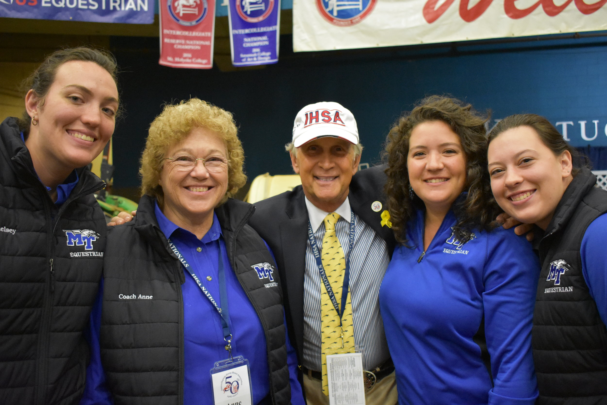 Anne Brzezicki and IHSA founder Bob Cacchione flanked by MTSU team members Chelsey Lynch, Emily Cavender and Ryelee Jordan. Photo by Kelly Rhinelander.