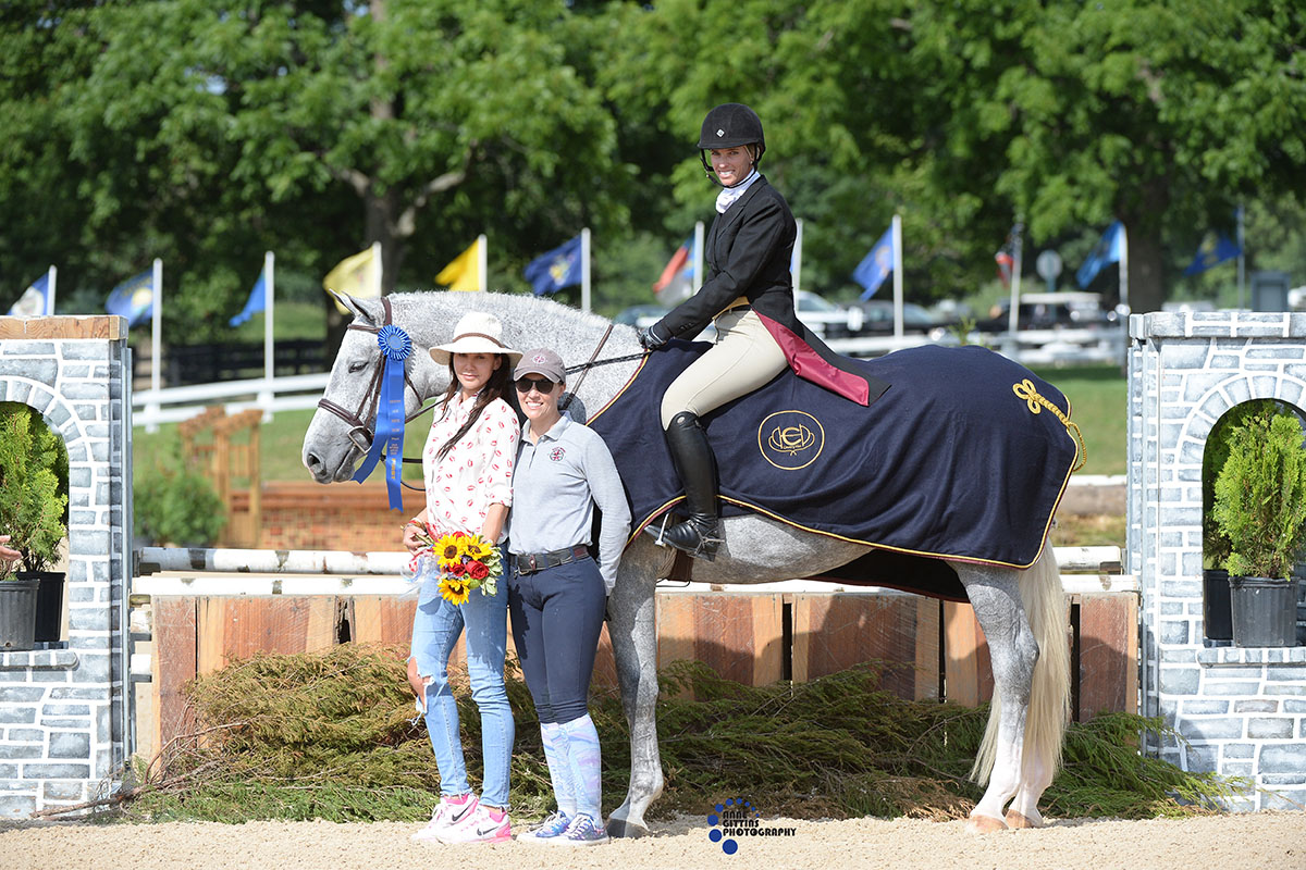 Tiffany Morrissey and Sebastian, owned by Stacey Werner, won theUSHJA National Hunt er Derby open section in 2017. Photo by Anne Gittins Photography