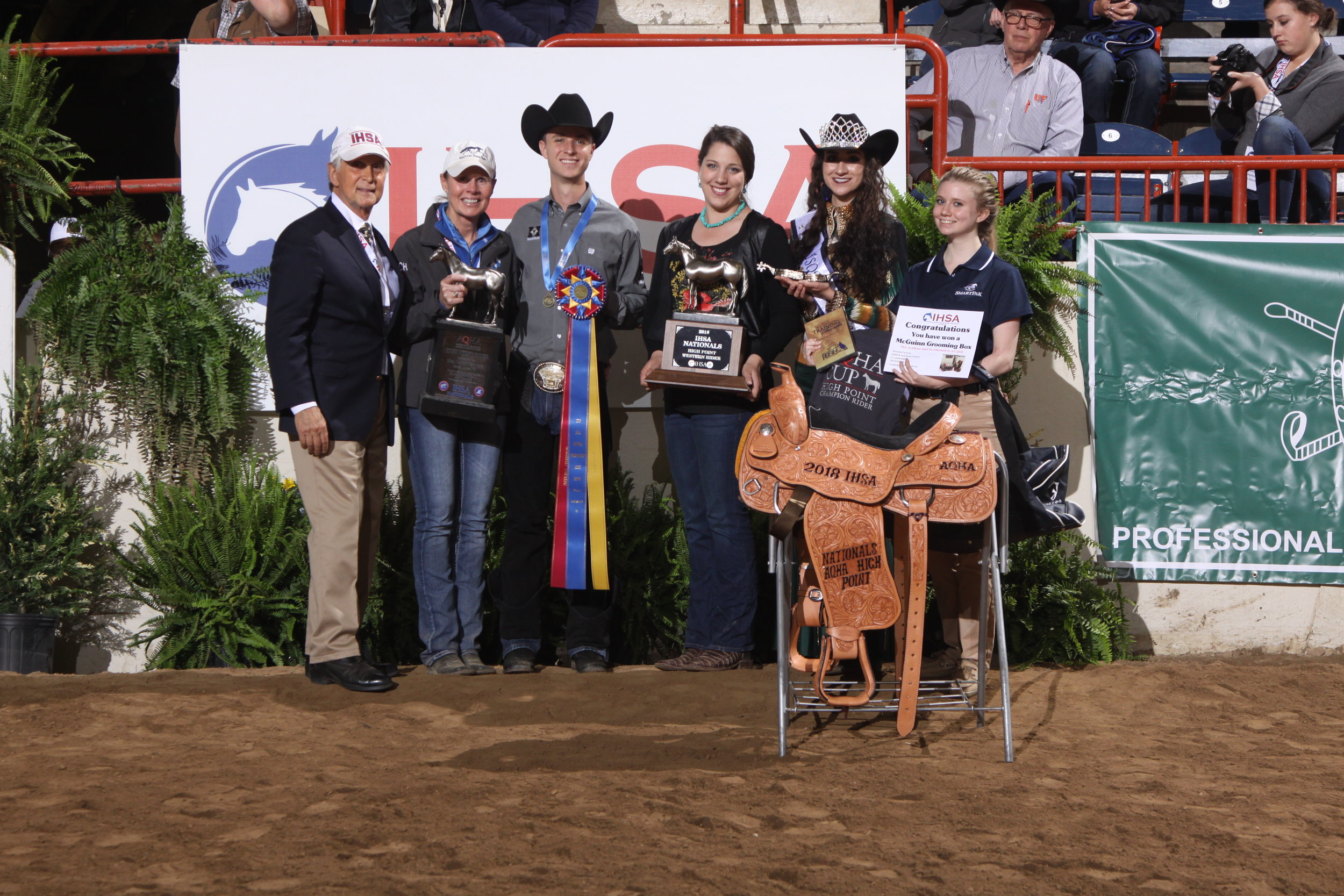 Bob Cacchione, Carla Wennberg, Connor Smith and Cailin Caldwell from AQHA with a local AQHA representative. Photo by  alcookphoto.com