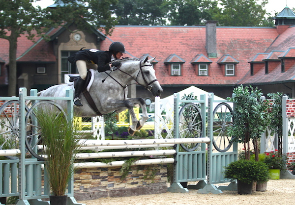 Audrey Robison and Capital Z won the Monmouth at the Team 2017 USHJA National Hunter Derby, sponsored by Eastern Hay. Photo by EQ Media