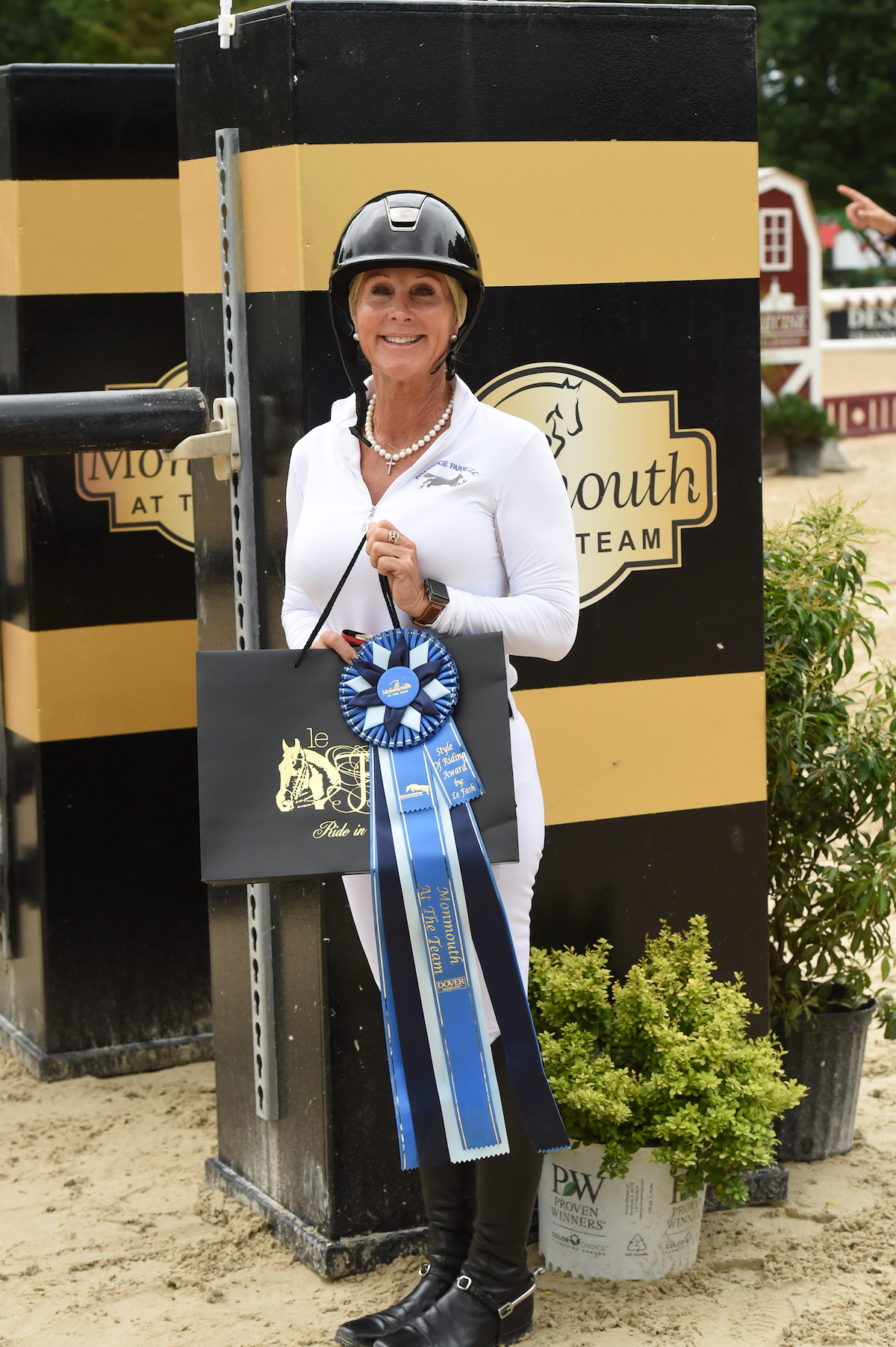 The Style of Riding Award, sponsored by Le Fash, was presented to B.J. Ehrhardt for the second time during Monmouth at the Team. Ever the picture of style, she earned the award as both a hunter and a jumper rider. Photos by Anne Gittins Photography