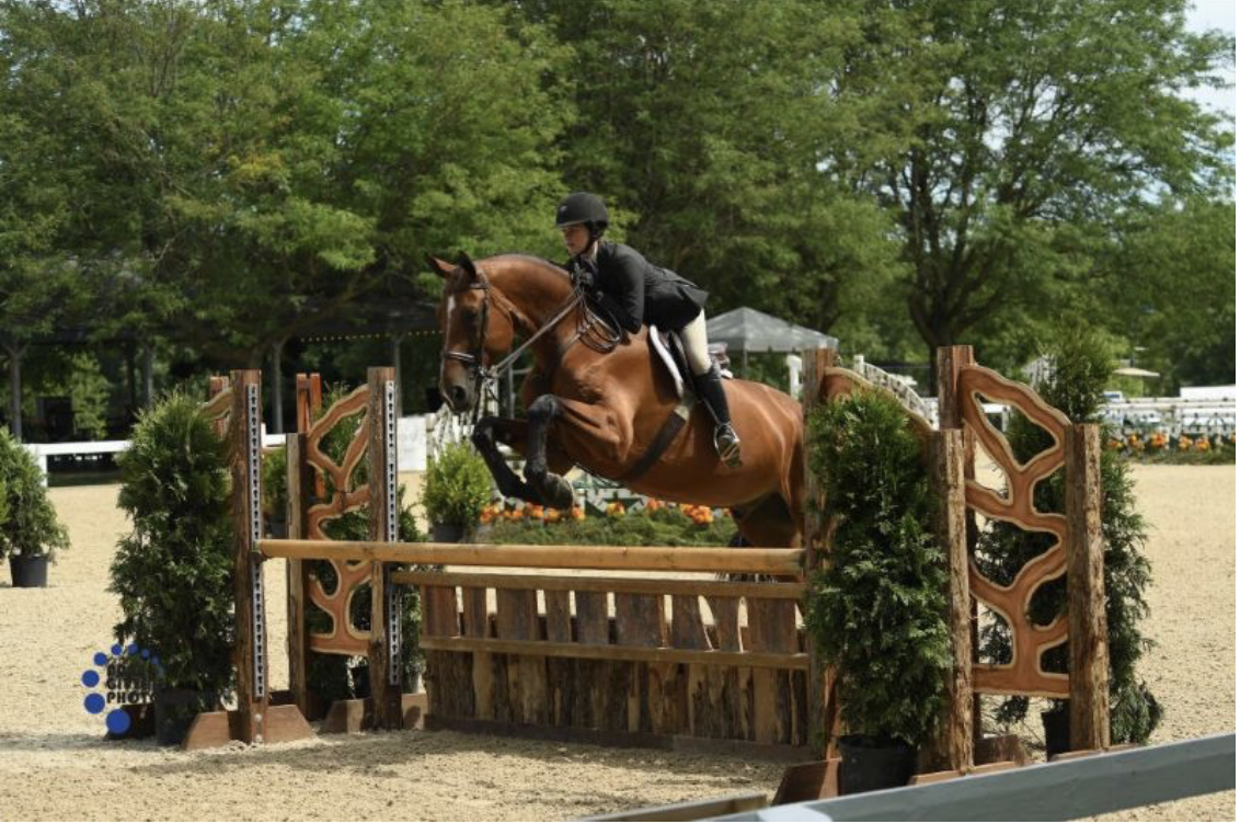 Ashley Vogel and Lambada were champions of the 3' Equitation. Photo by Anne Gittins Photography