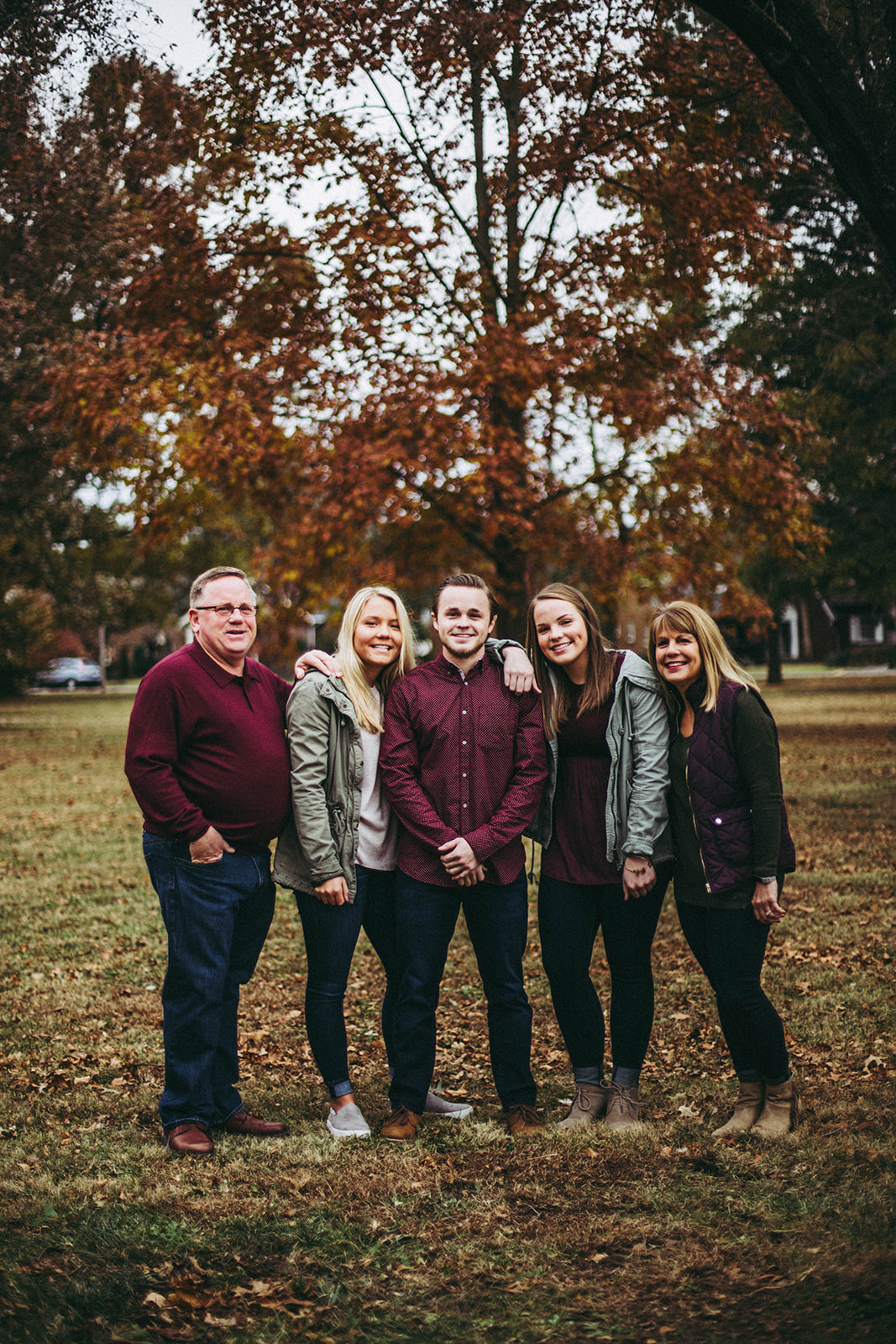 Christmas card family portrait session in Columbus, IN