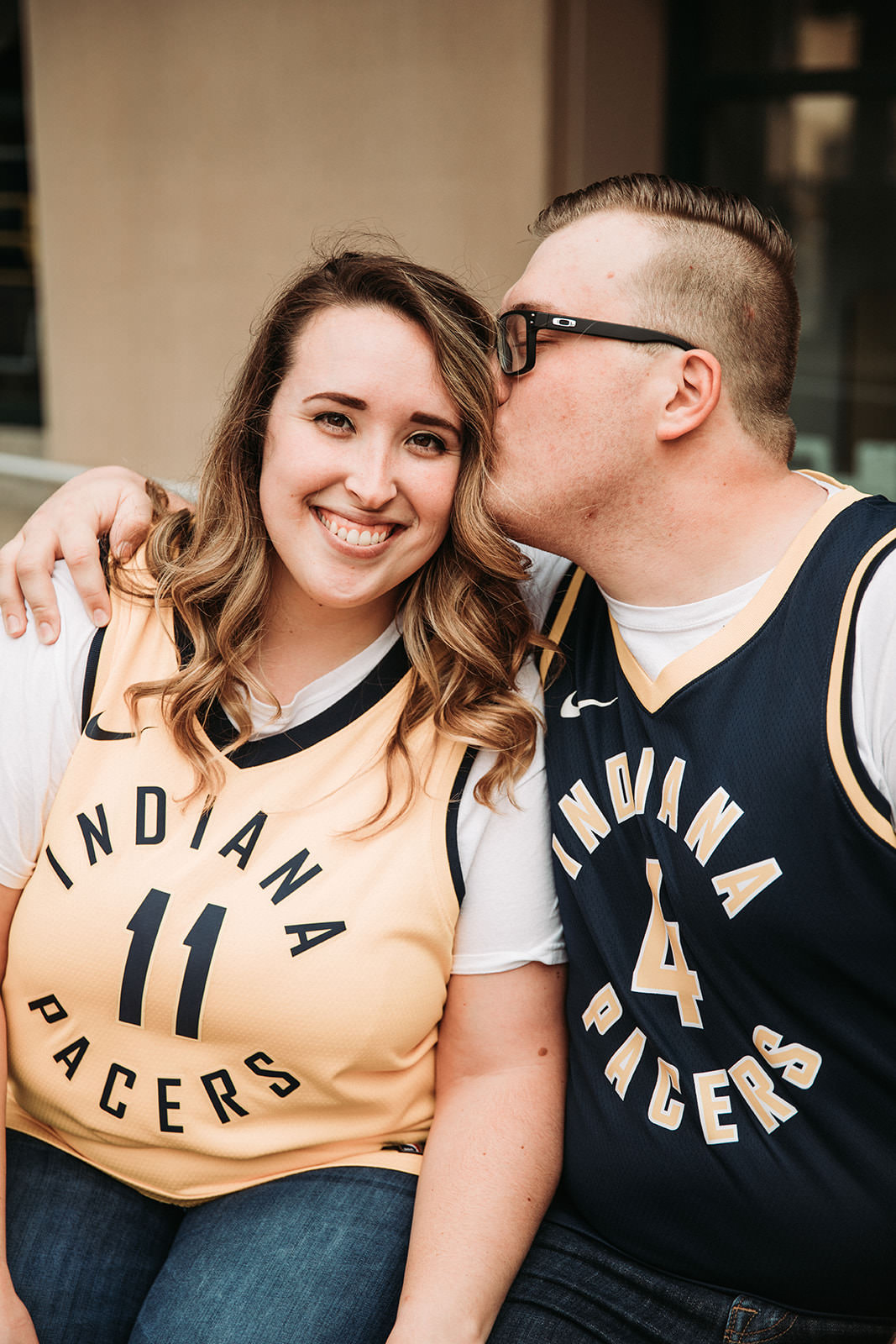 DowntownIndianapolisSpringEngagementPhotos-7.jpg