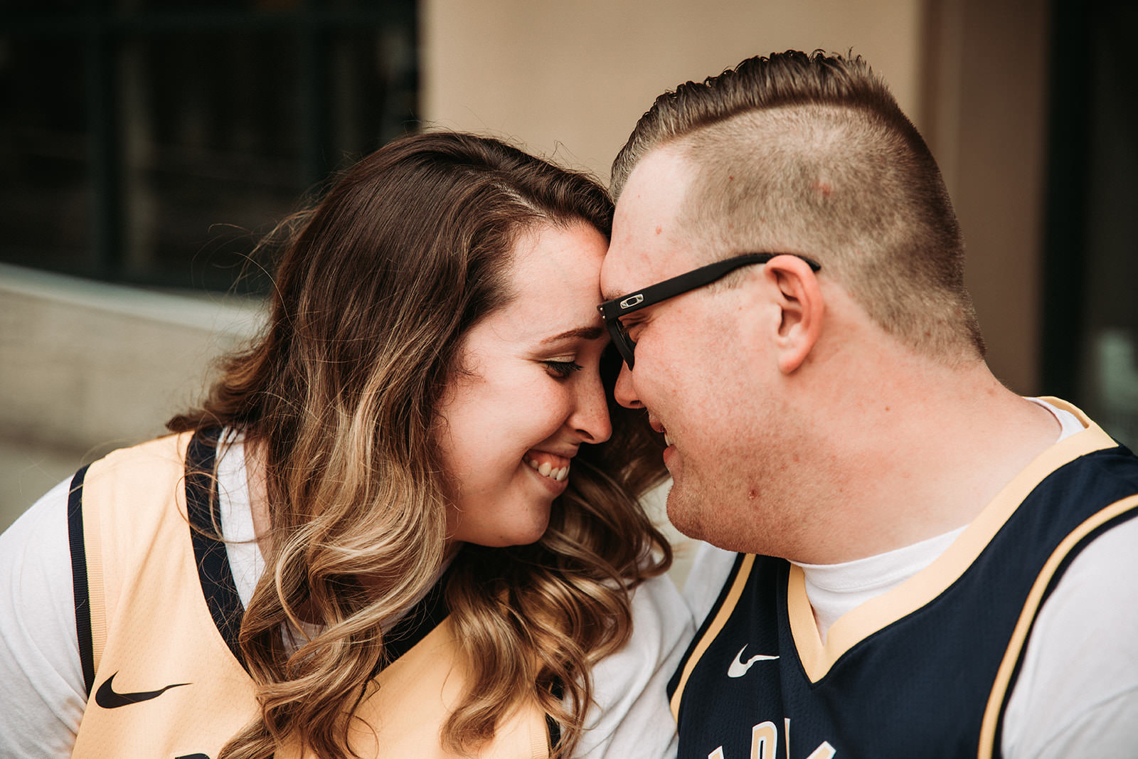 DowntownIndianapolisSpringEngagementPhotos-8.jpg