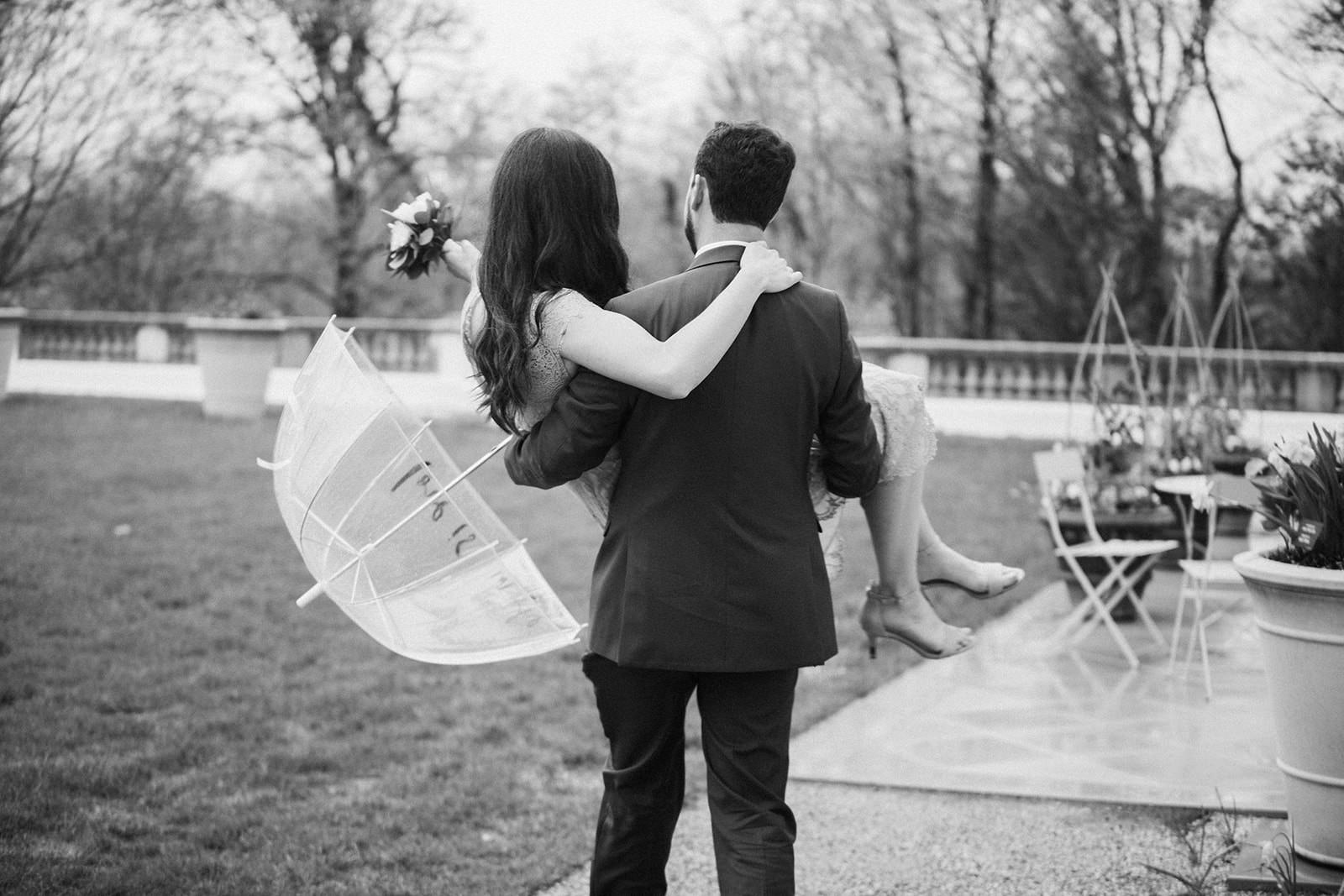 Newfields_Indianapolis_Spring_Proposal_Engagement_Session-67.jpg