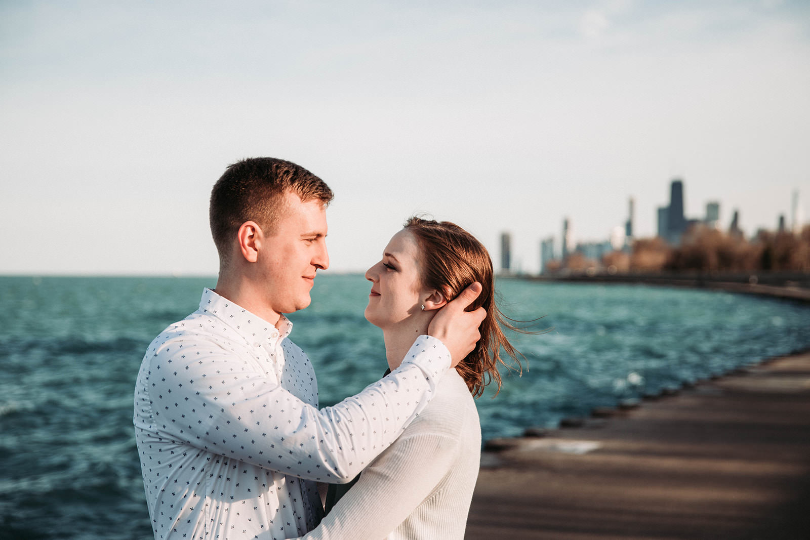 Downtown_chicago_spring_engagement_session-16.jpg