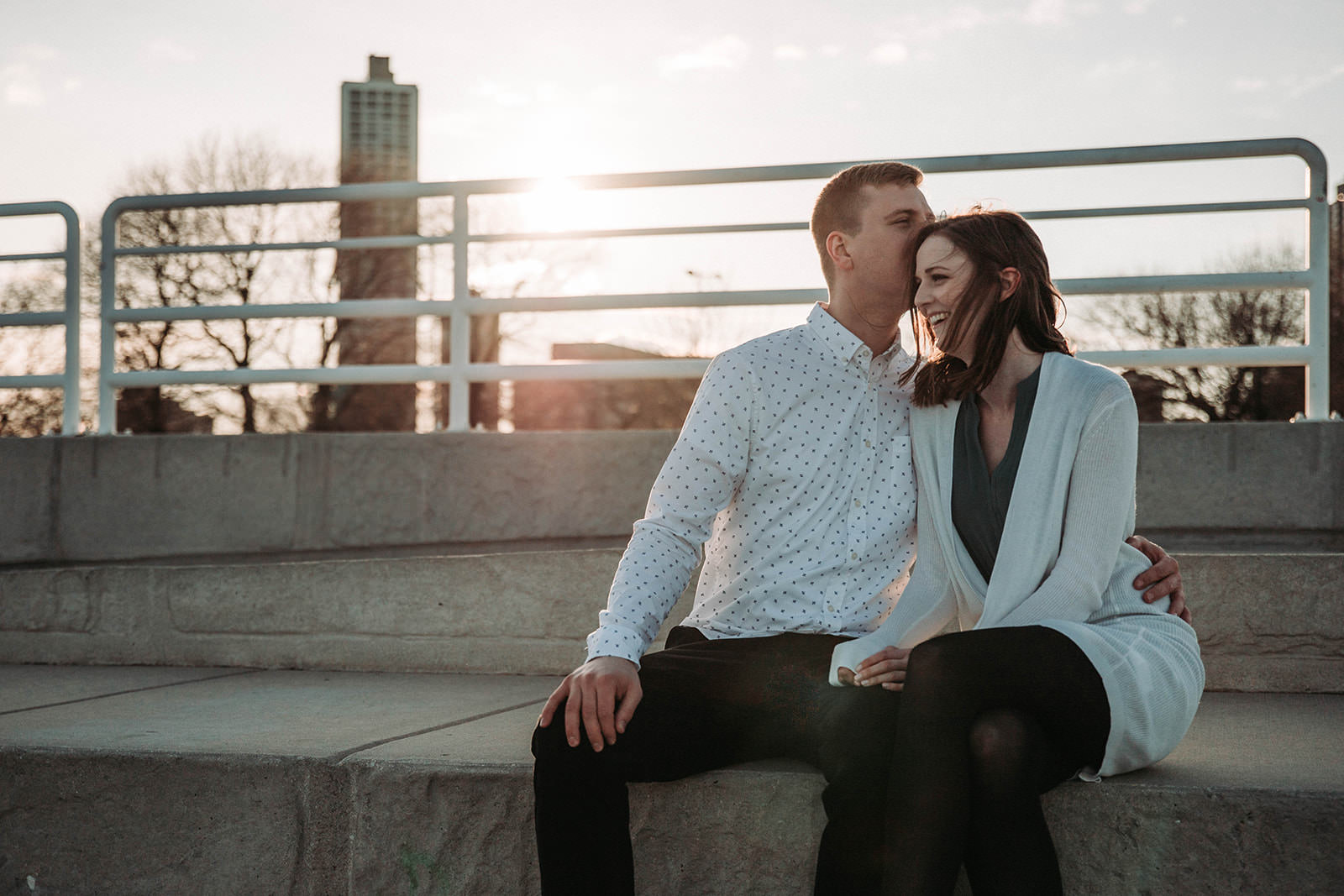 Downtown_chicago_spring_engagement_session-20.jpg