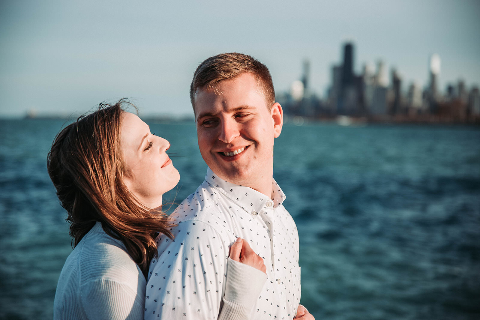 Downtown_chicago_spring_engagement_session-24.jpg