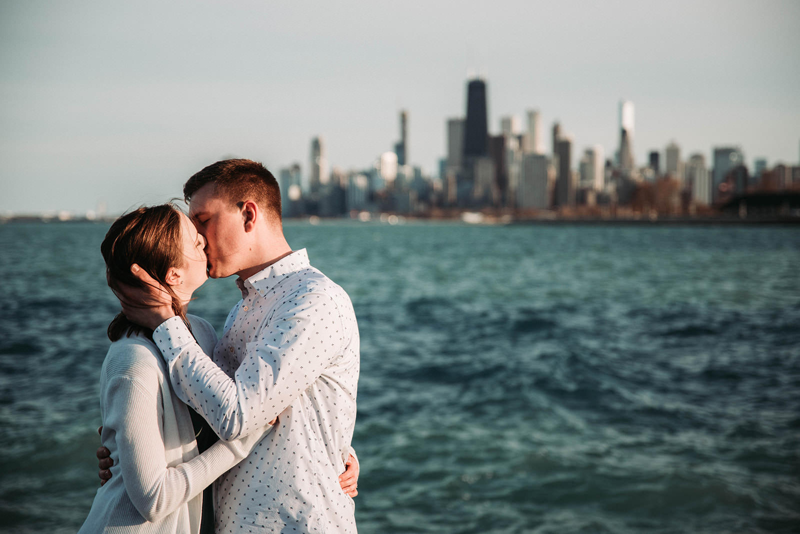 Downtown_chicago_spring_engagement_session-26.jpg