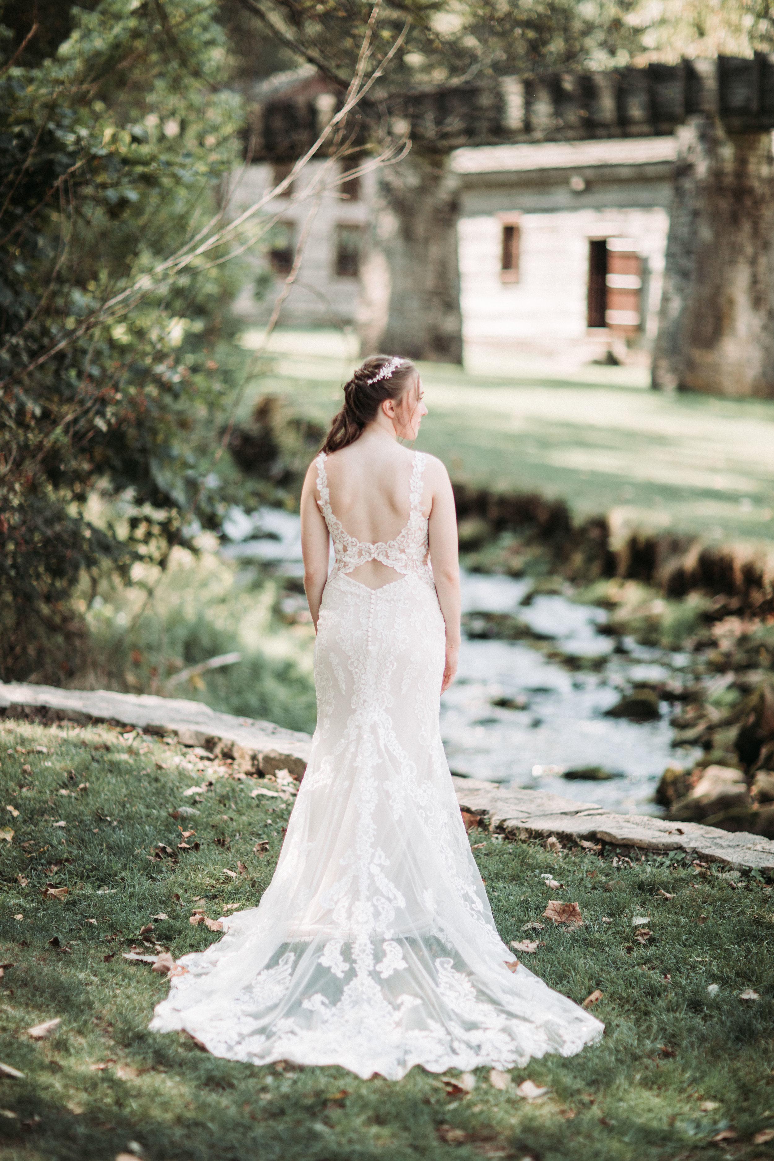 spring mill inn fall wedding-7.jpg