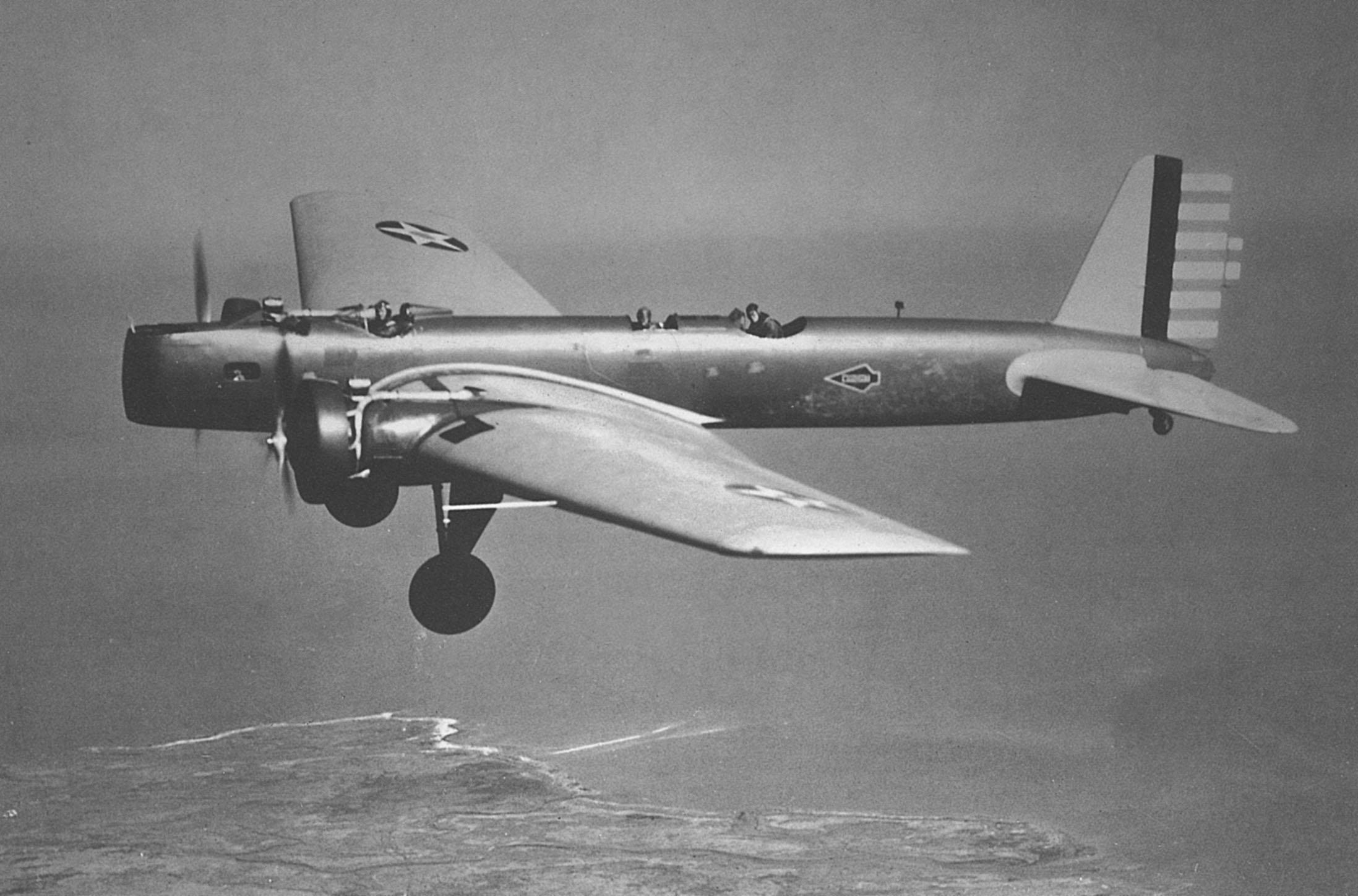 Boeing B-9 USAF.jpg